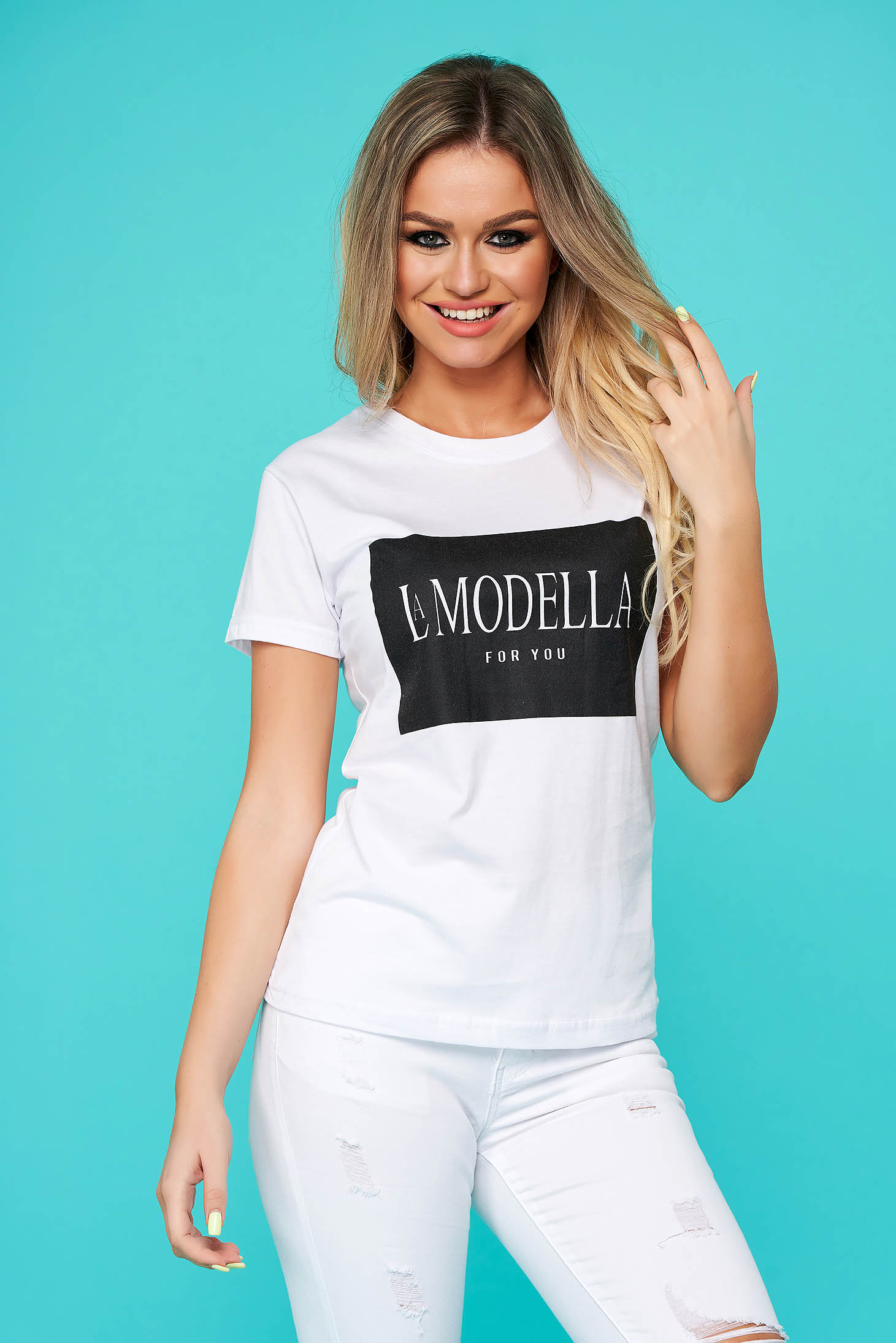 White t-shirt casual flared cotton texted