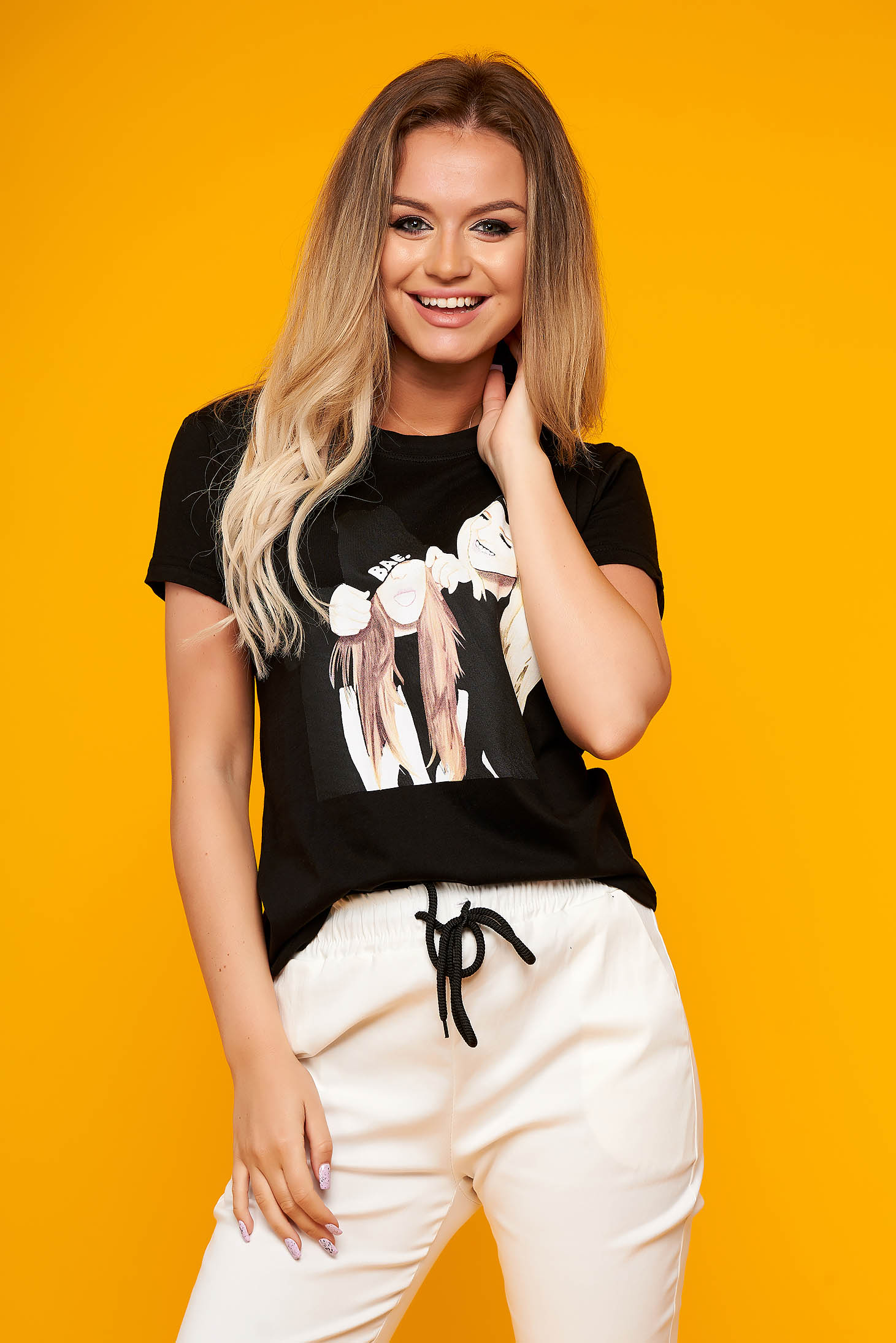 Black t-shirt casual flared cotton with graphic details