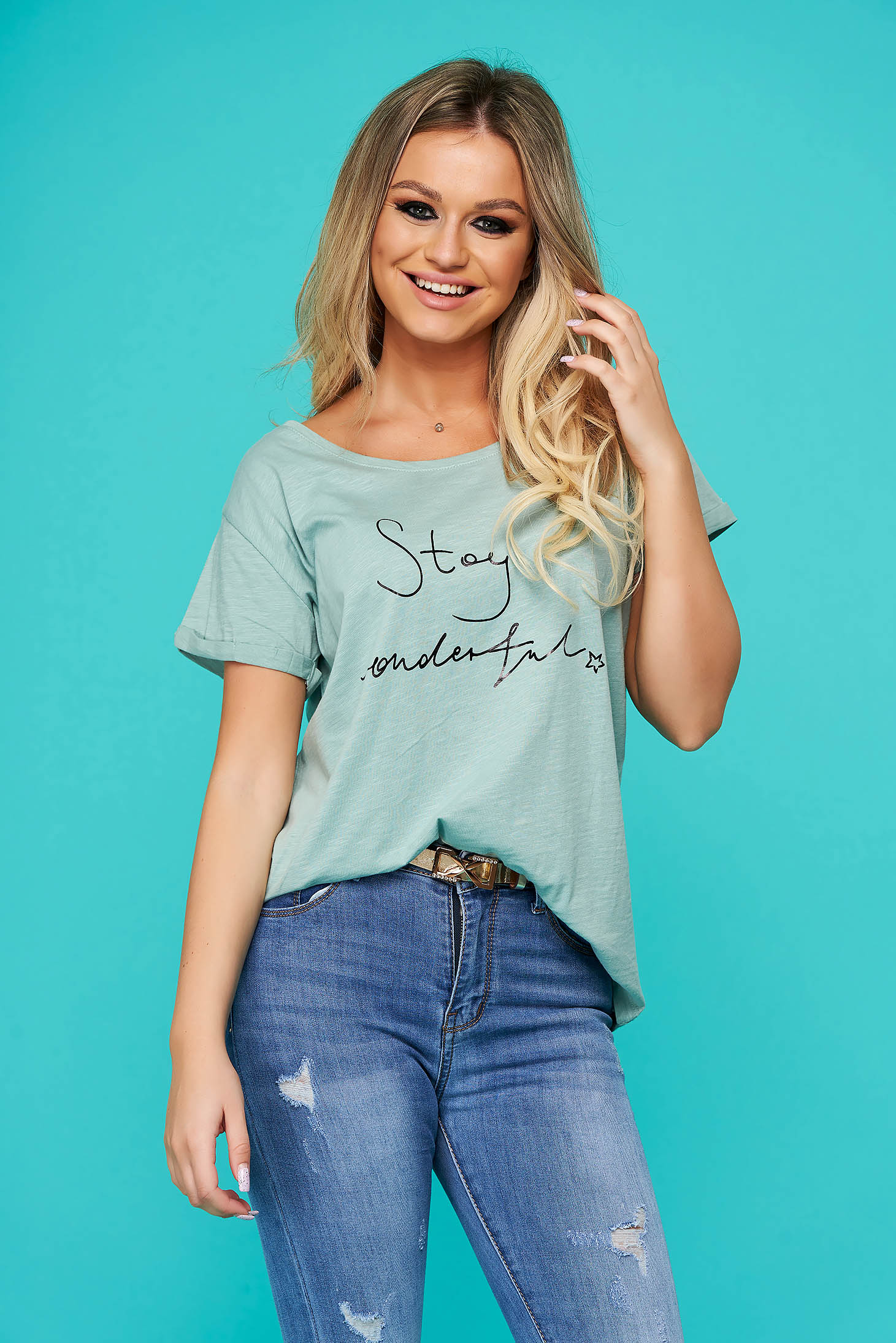 Green t-shirt casual flared short sleeve cotton texted