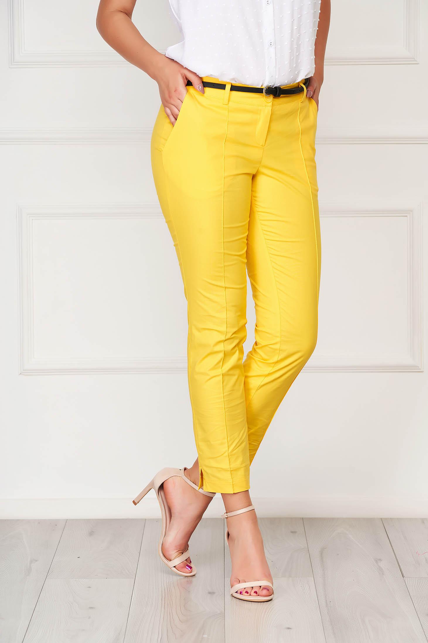 Sárga irodai pamutból készült kónikus nadrág zsebes