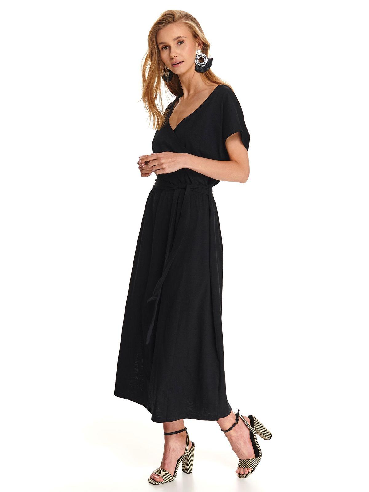 Fekete hétköznapi hosszú ruha vékony anyag lábon sliccelt