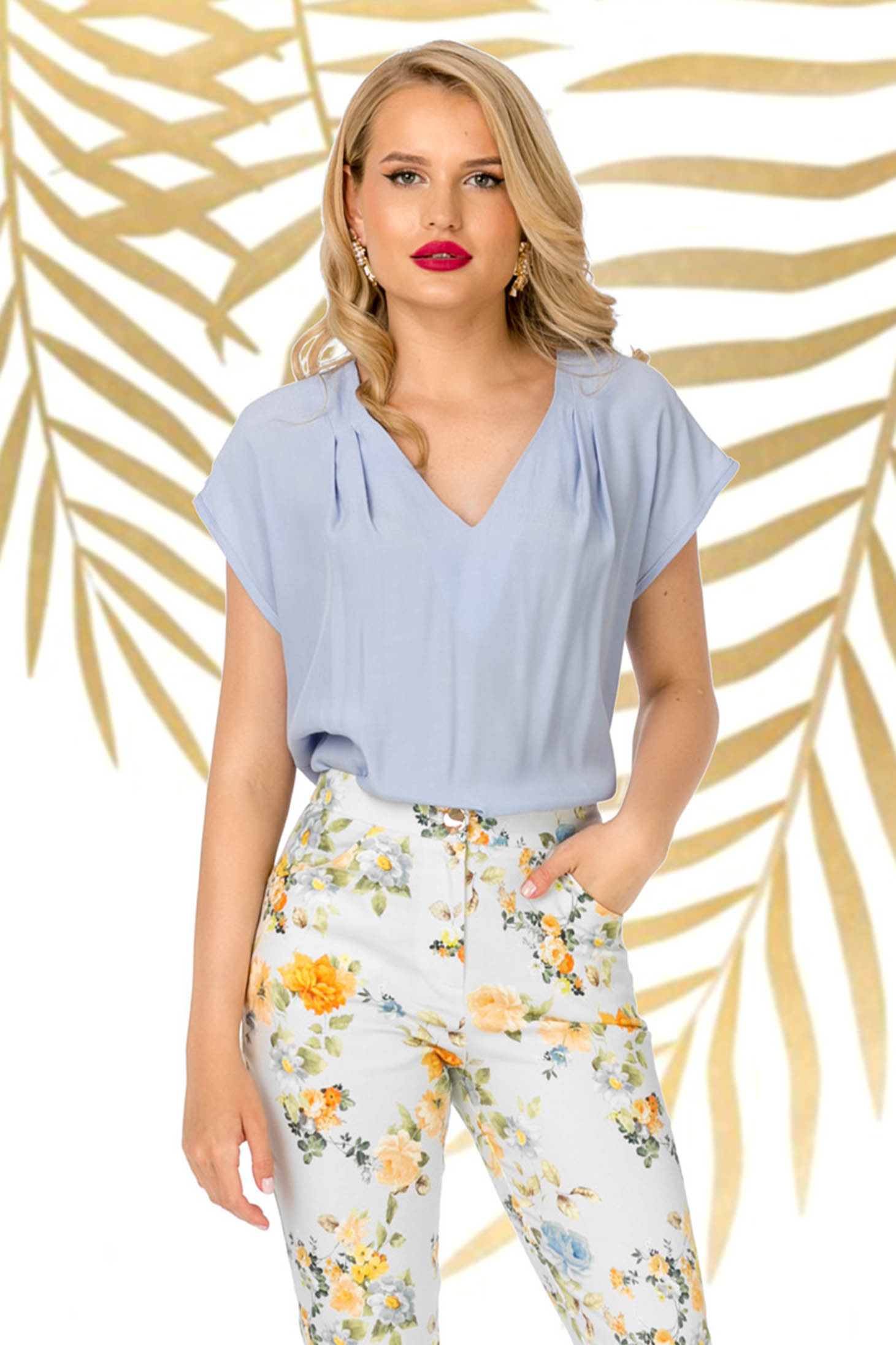 Bluza dama PrettyGirl albastra eleganta din material subtire cu croi larg si decolteu in v