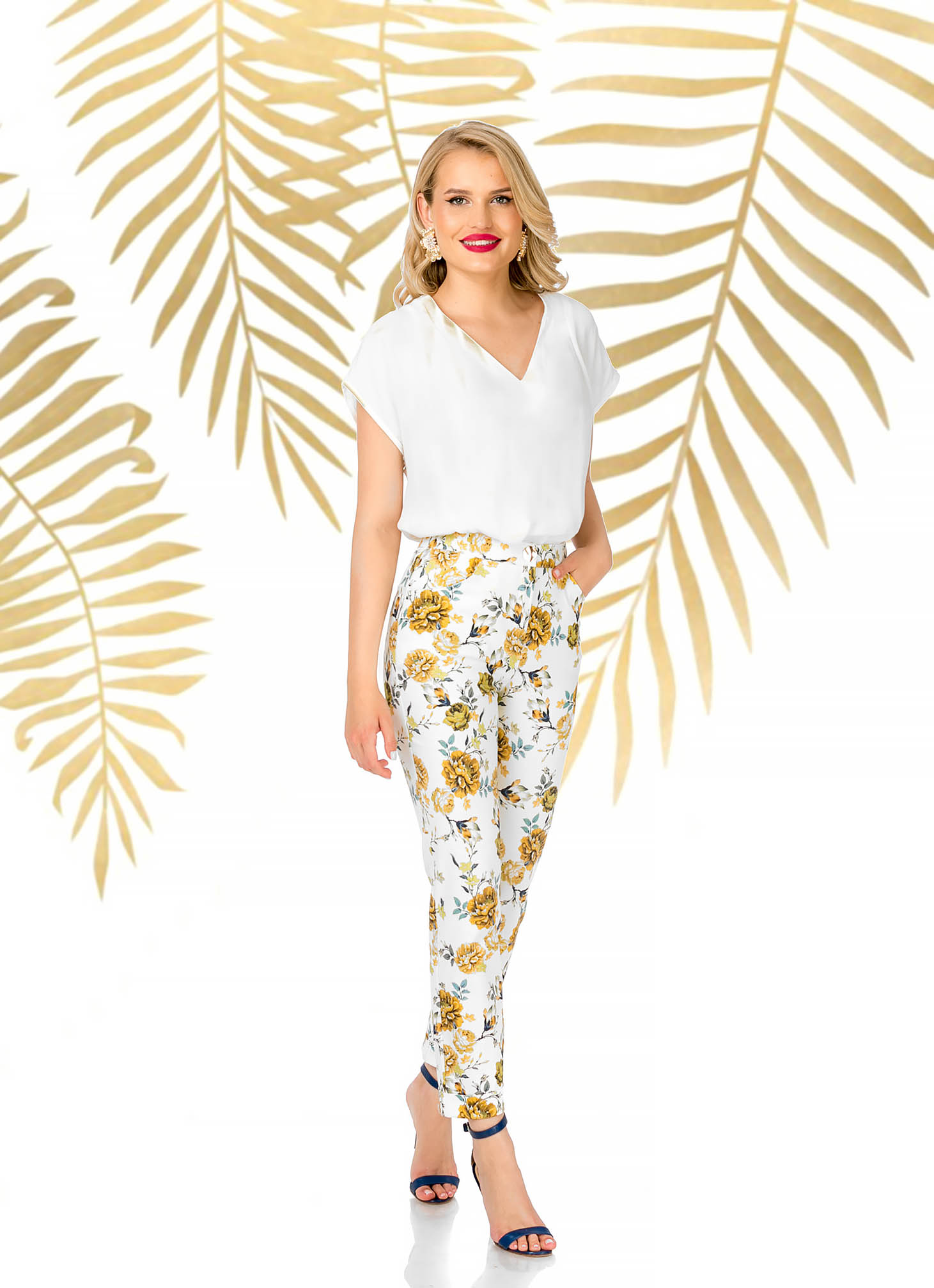 Fehér elegáns kónikus magas derekú nadrág virágmintás anyagból