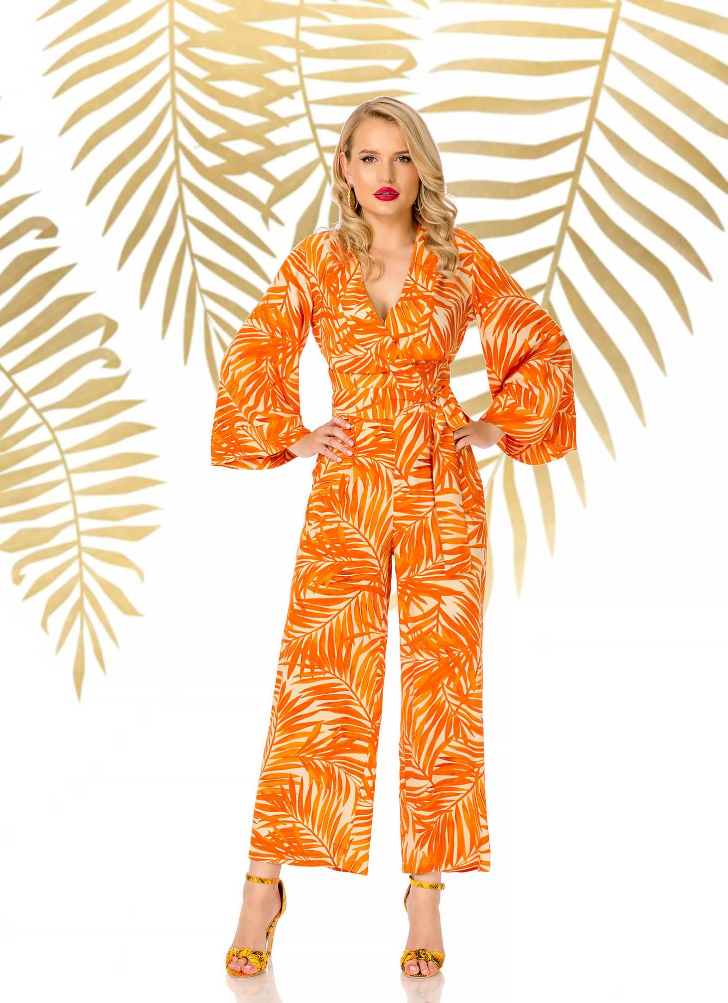 Salopeta PrettyGirl portocalie eleganta lunga evazata din material vaporos cu decolteu in v