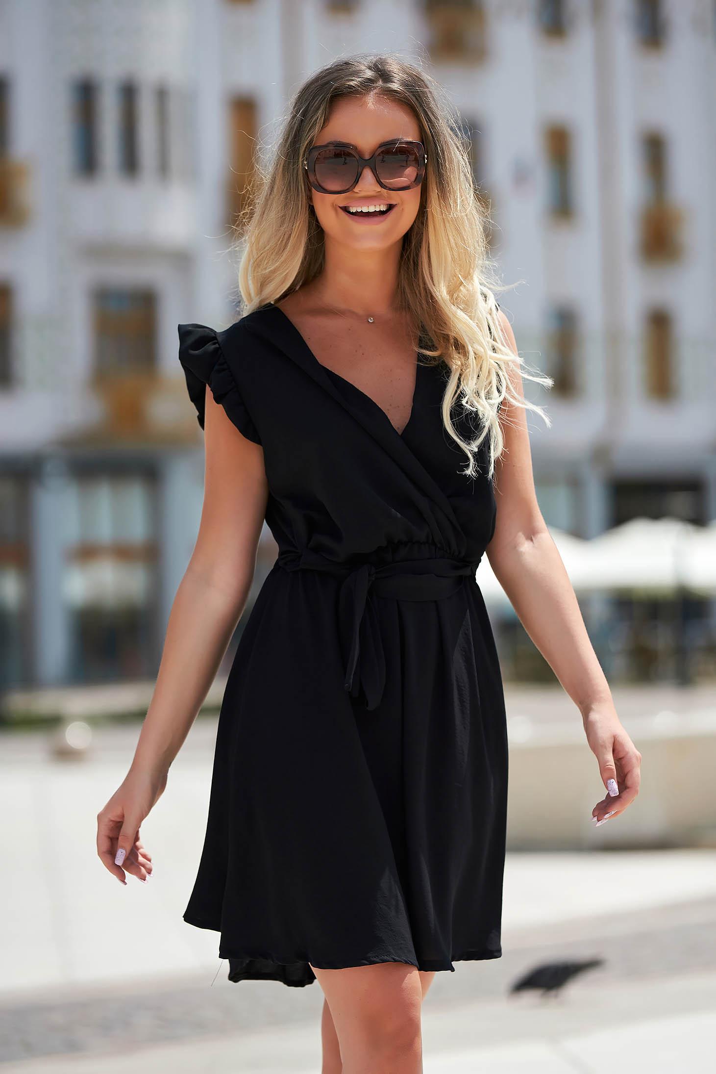 Fekete rövid hétköznapi elegáns ujjatlan harang ruha vékony anyagból
