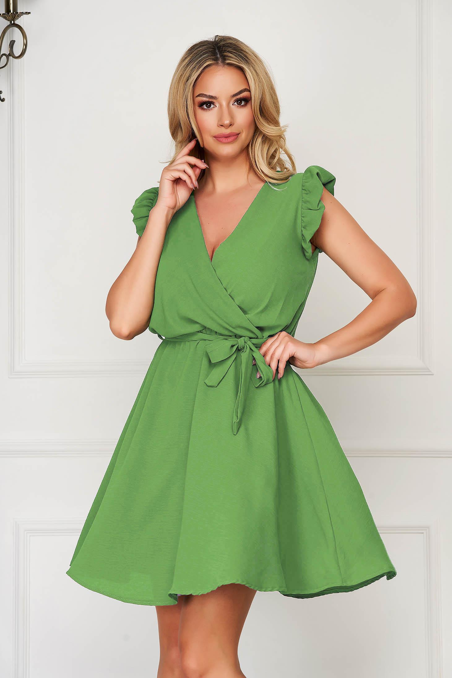 Rochie SunShine verde-deschis eleganta scurta de zi din material subtire fara maneci