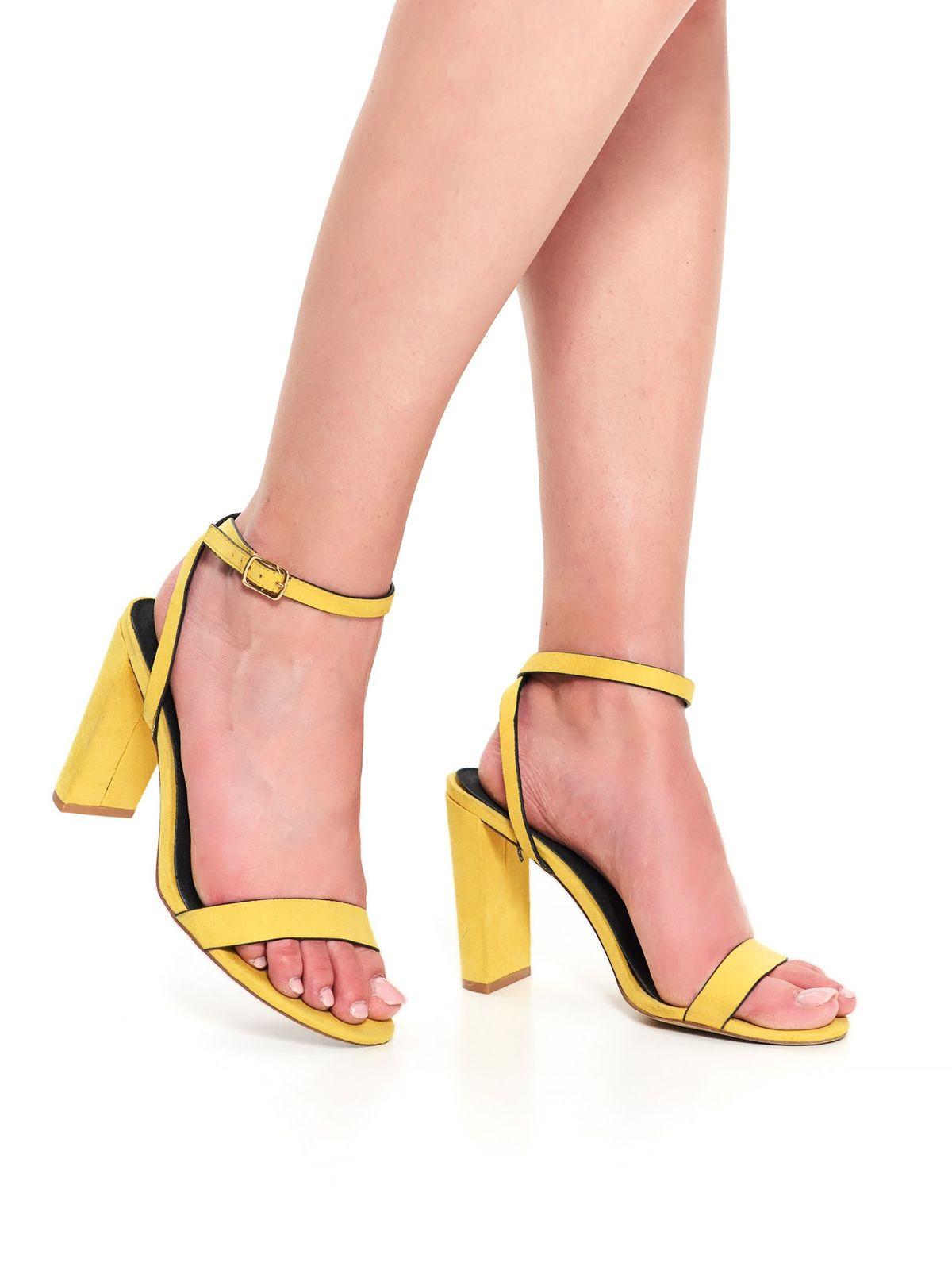 Pantofi Top Secret galben casual din material catifelat cu toc gros si barete subtiri