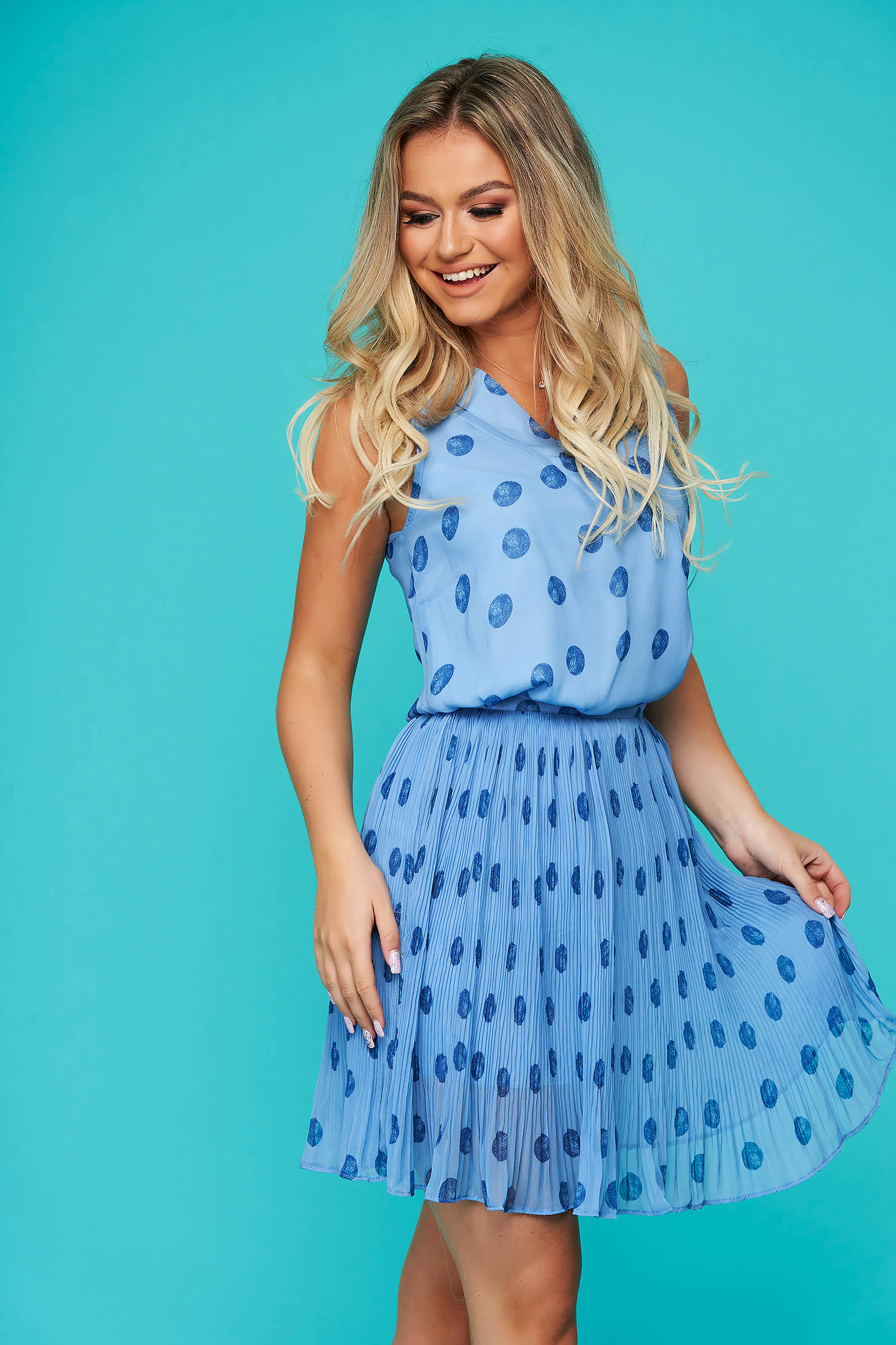Blue lady set casual 2 pieces with skirt folded up from veil fabric dots print