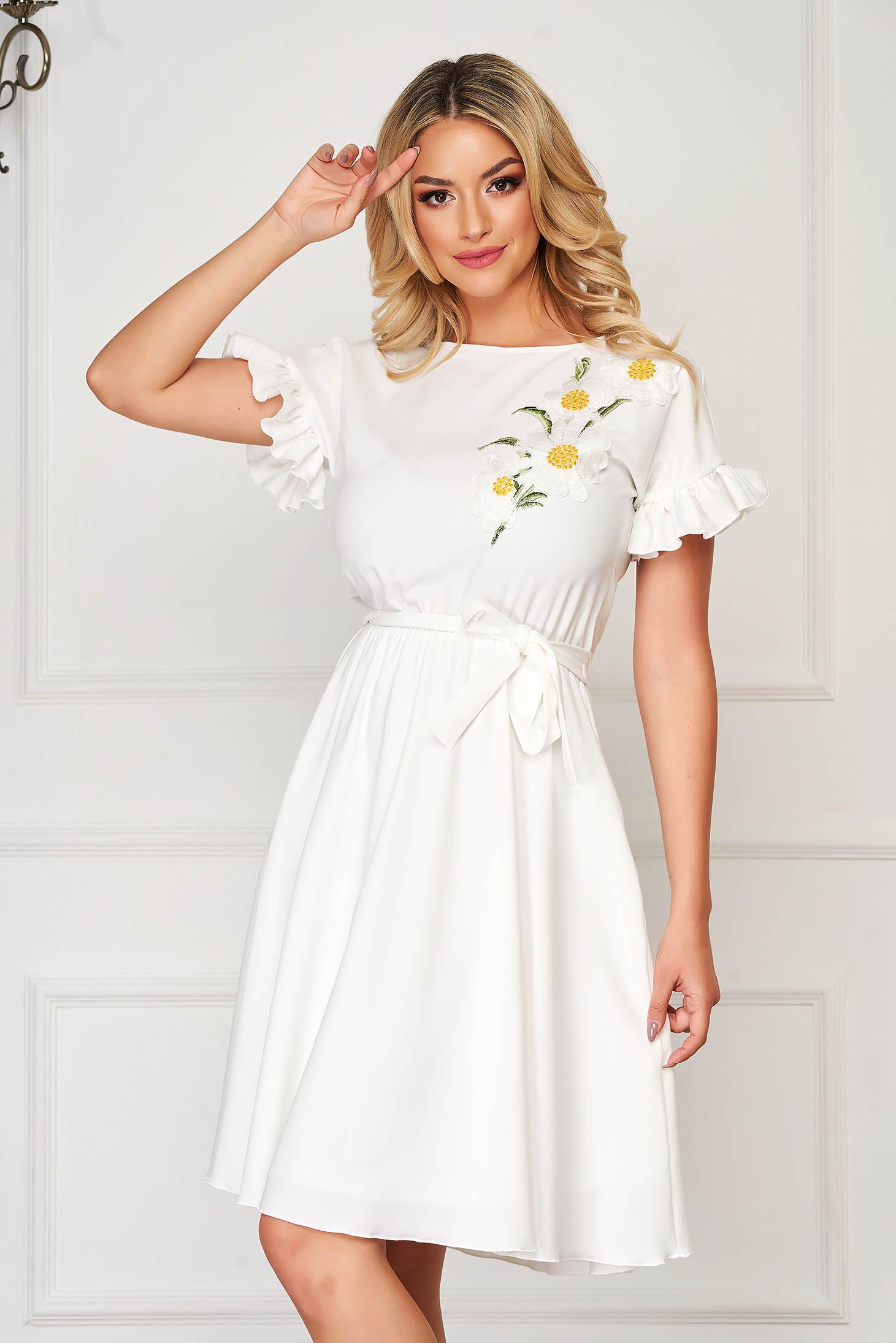 StarShinerS midi from elastic fabric with ruffled sleeves white dress cloche