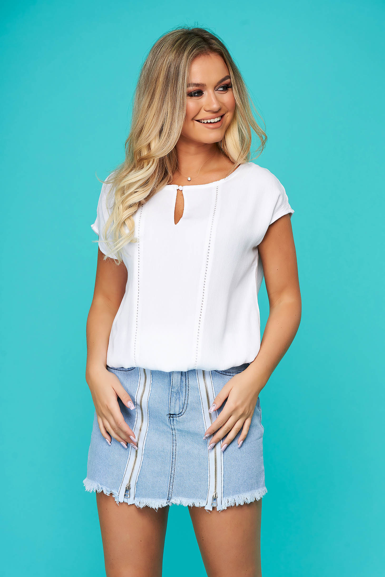 Bluza dama Top Secret alba casual cu maneca scurta material subtire