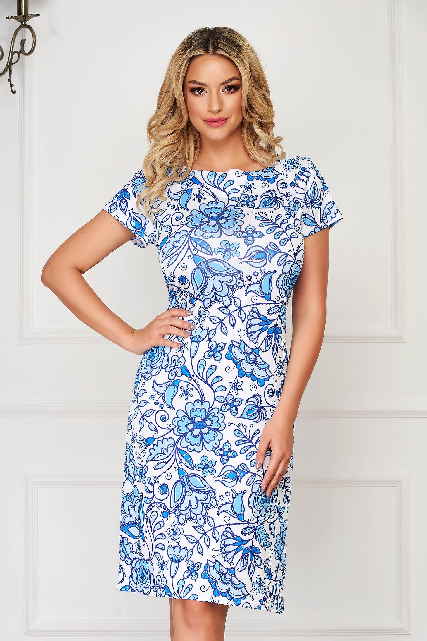 Rochie albastru-deschis midi de zi cu un croi drept din material subtire