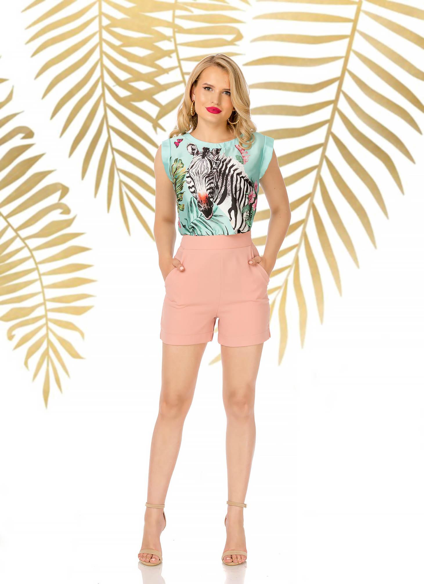 Púder rózsaszínű elegáns magas derekú rövidnadrág szűk szabású zsebes