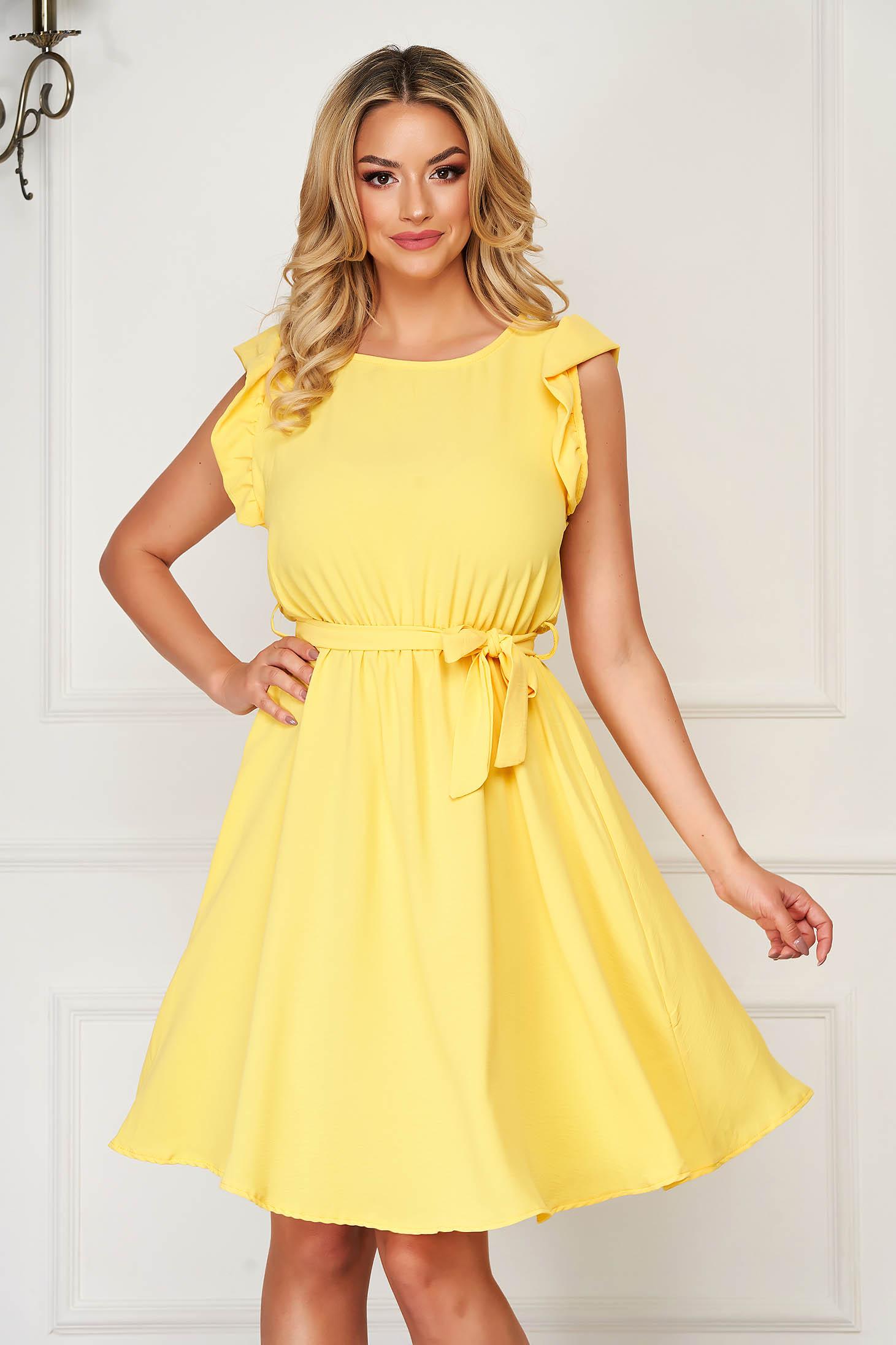 Yellow dress daily short cut sleeveless thin fabric