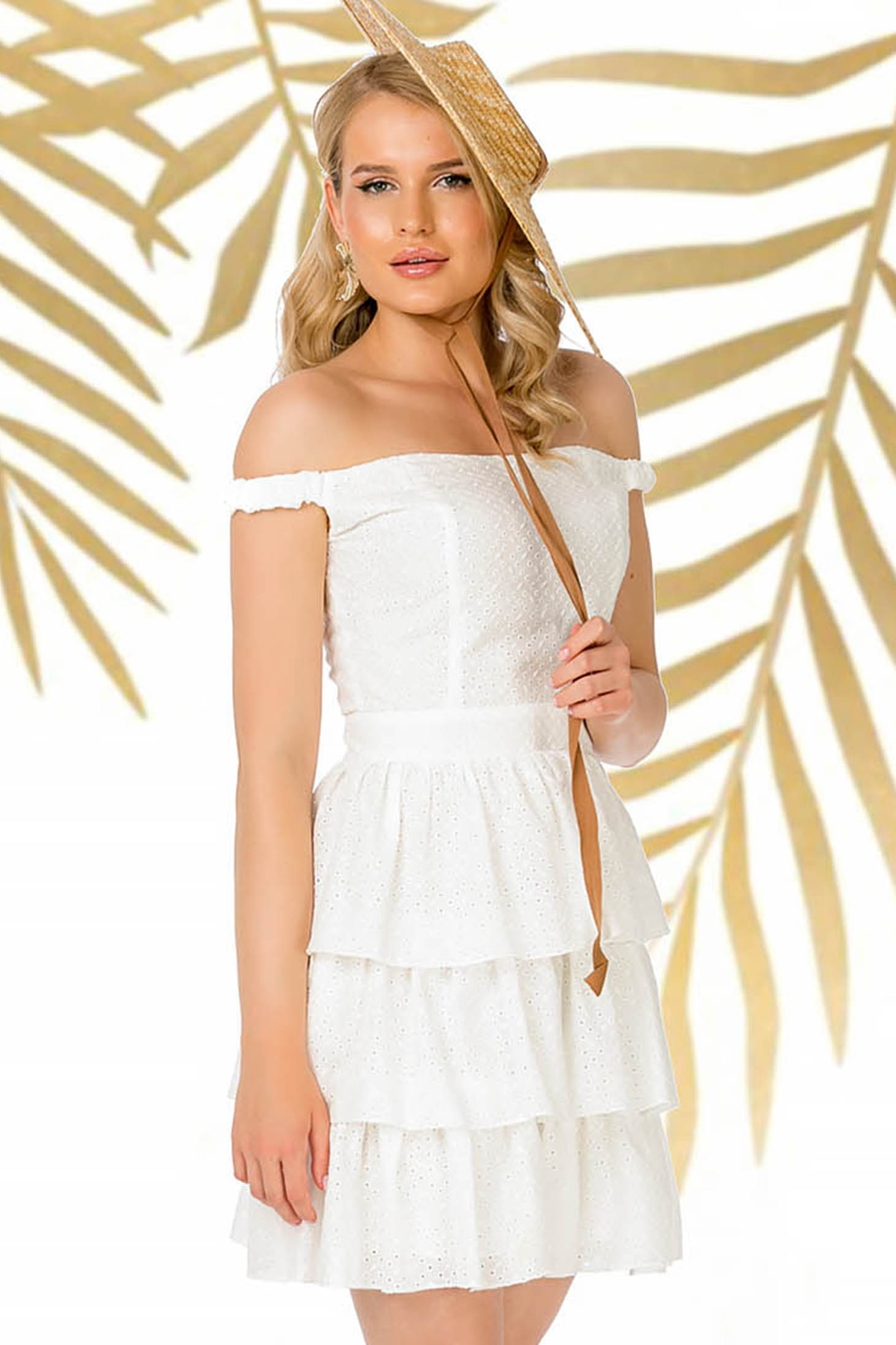 White dress daily cloche off-shoulder cotton with ruffles at the buttom of the dress