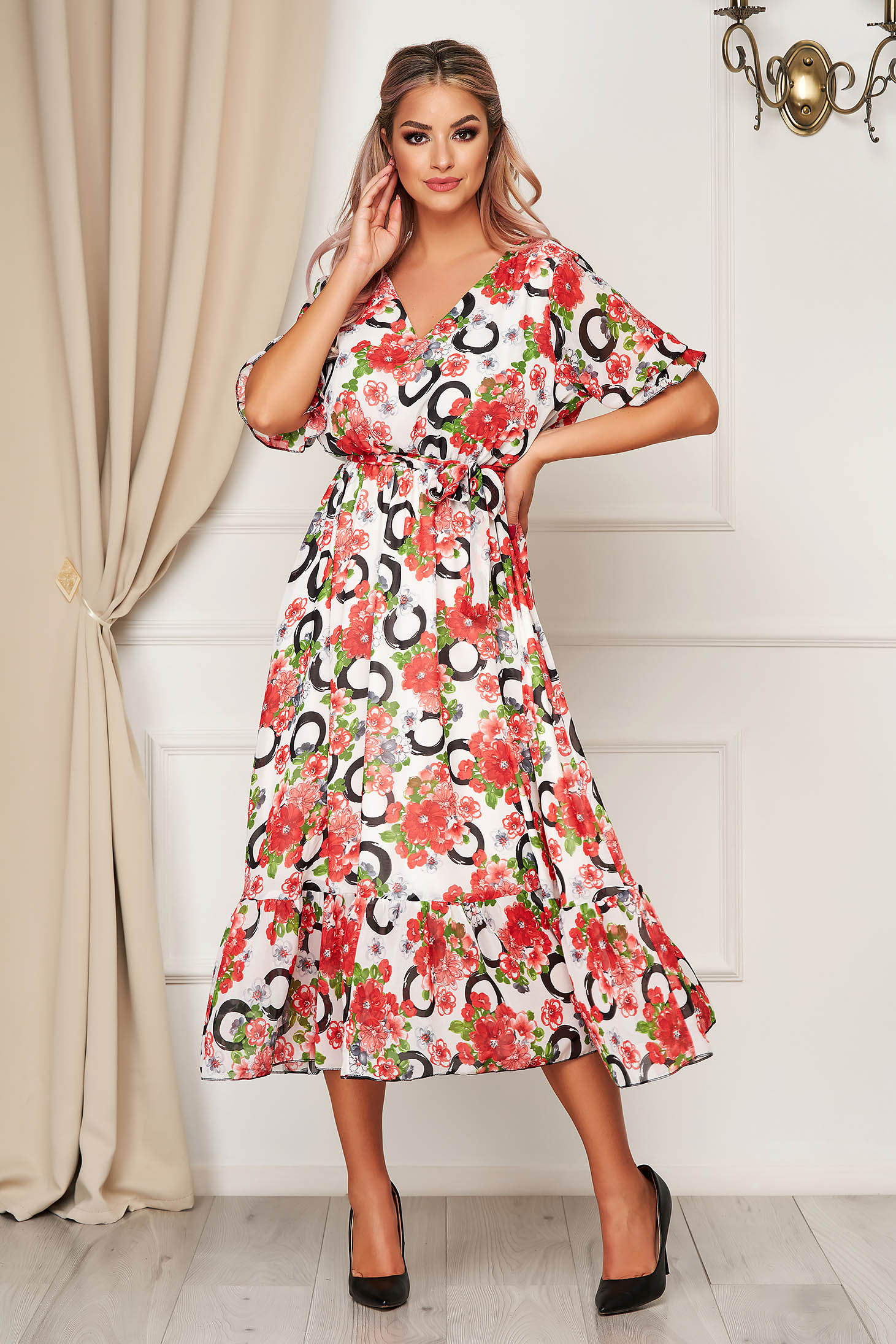Rochie cu imprimeu floral de zi din voal clos cu elastic in talie cu volanase la baza rochiei