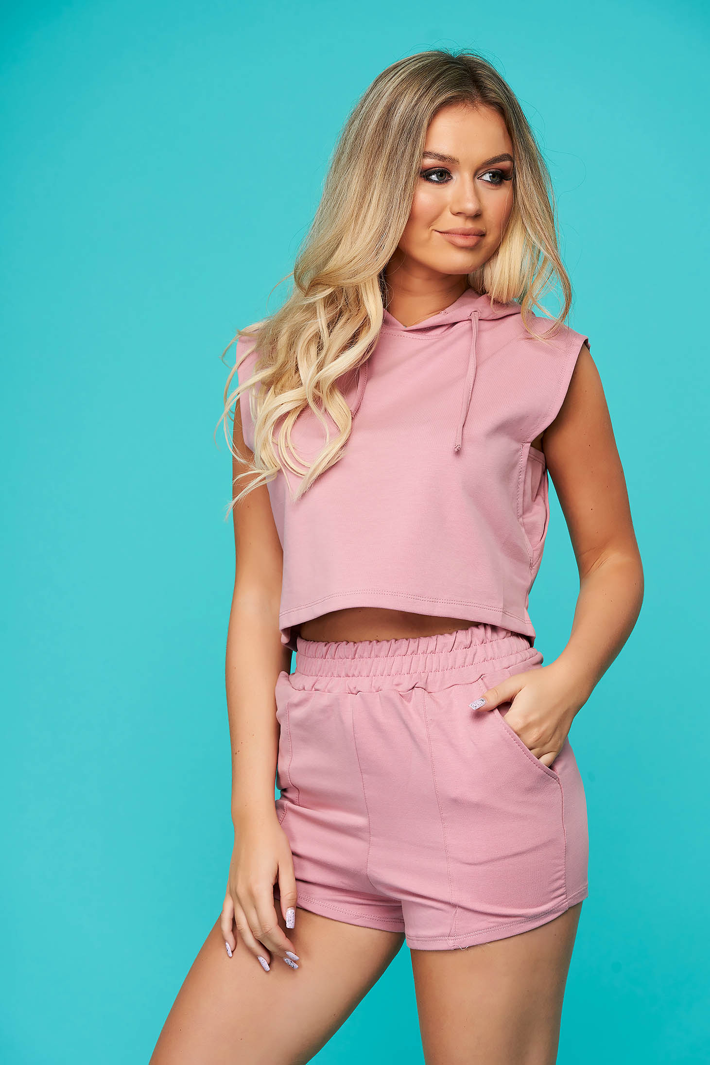 Púder rózsaszínű casual nadrágos két részes női kosztüm enyhén elasztikus pamut gumírozott derekú