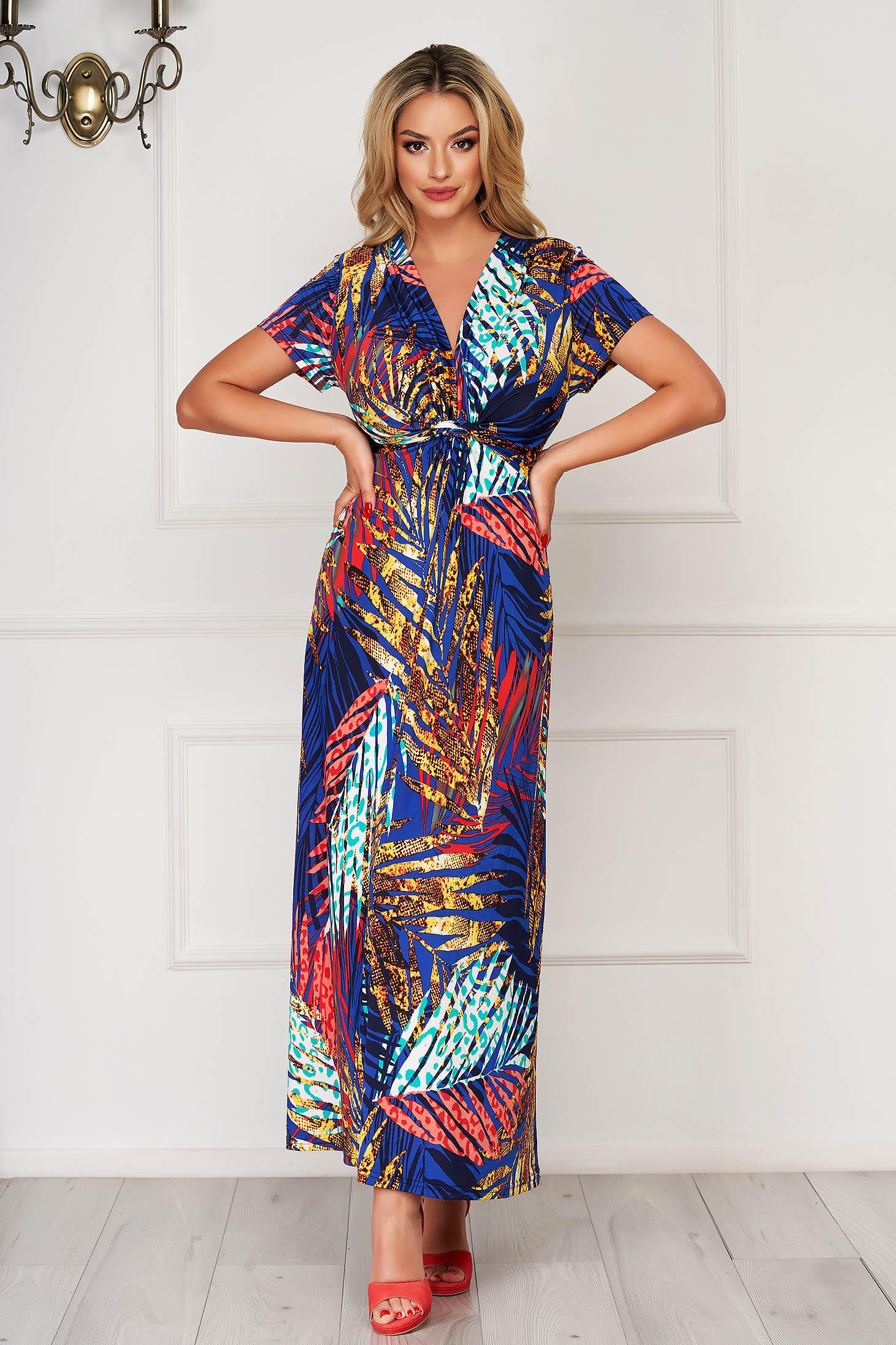 Rochie albastra lunga de zi din material subtire cu decolteu in v