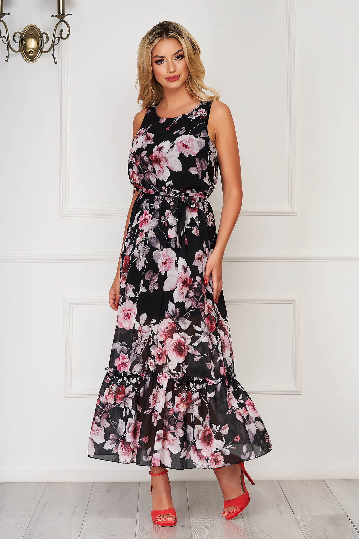 StarShinerS black dress long daily from veil fabric sleeveless with ruffles at the buttom of the dress