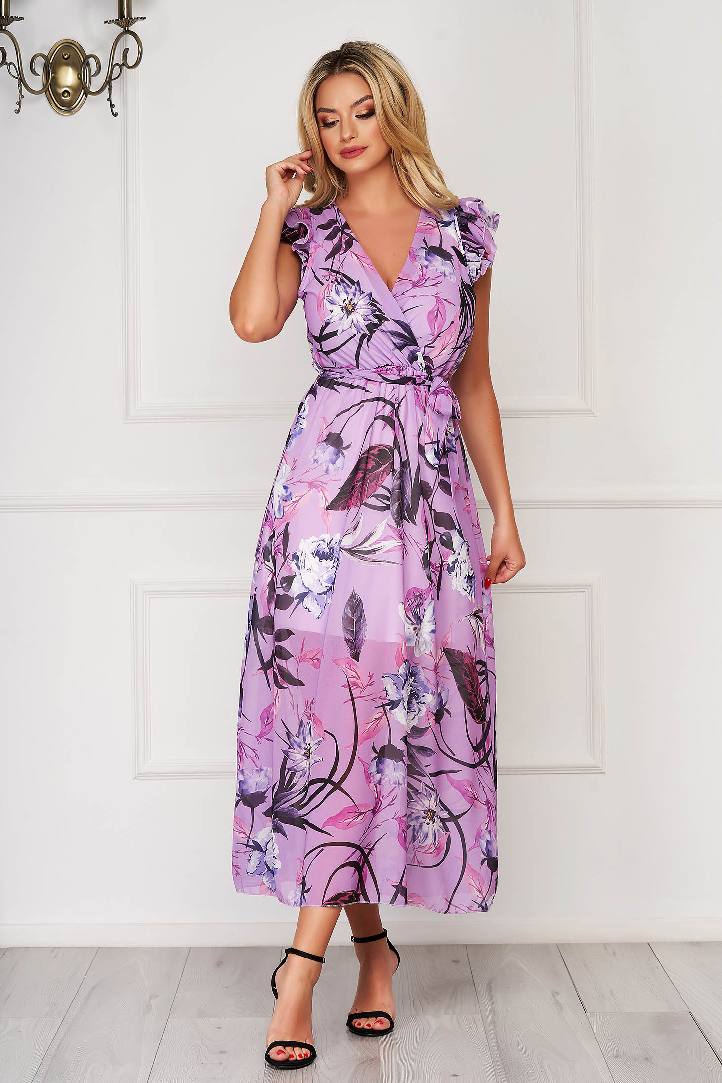 StarShinerS lila dress daily long from veil fabric with floral print accessorized with tied waistband with ruffled sleeves