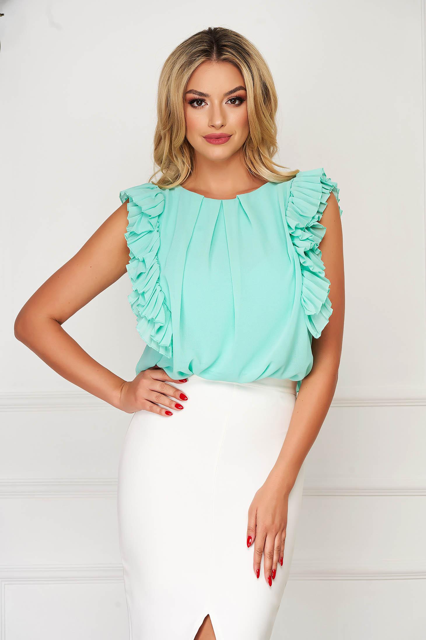 Bluza dama StarShinerS mint eleganta cu croi larg din voal cu volanase la maneca