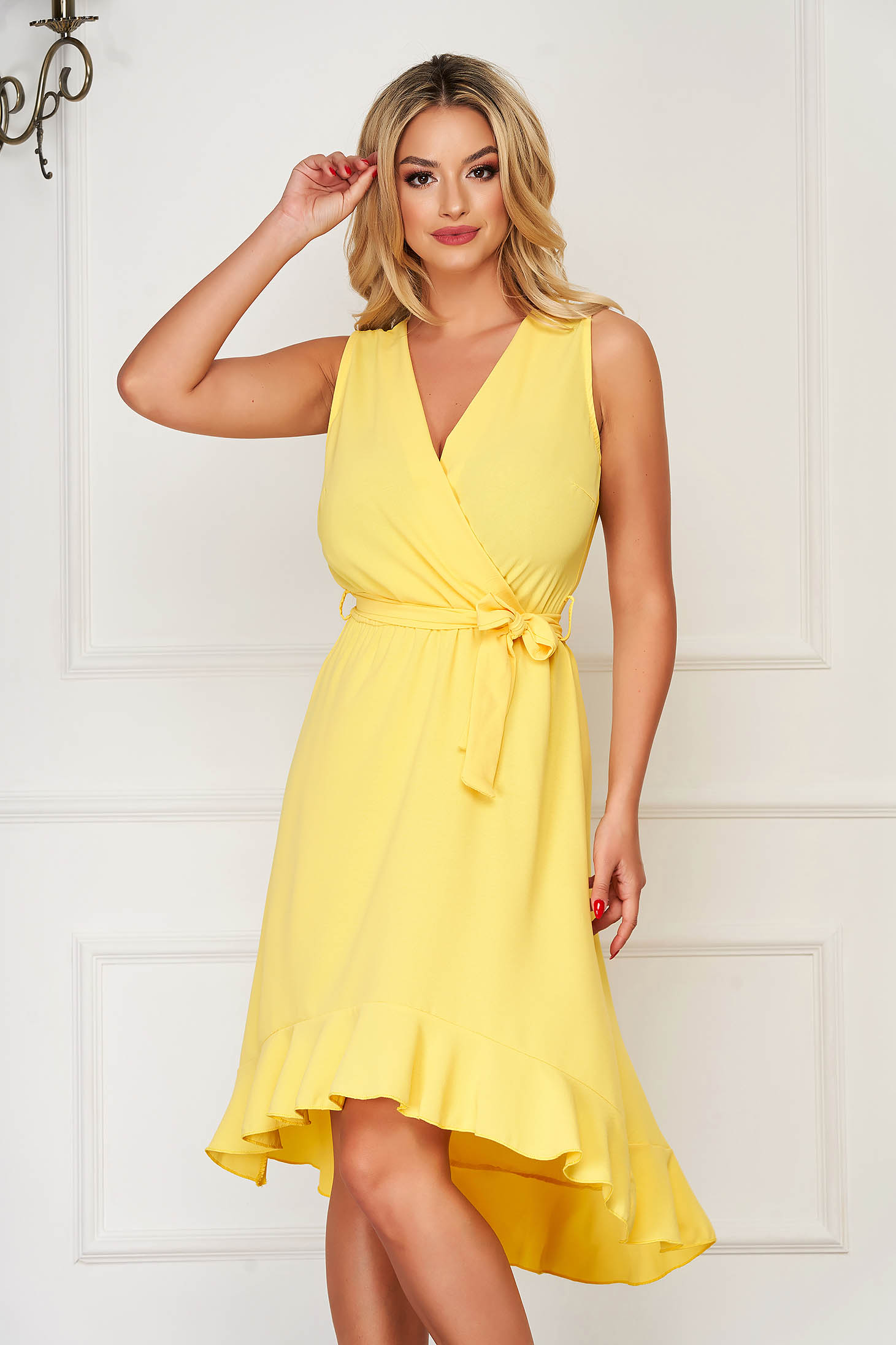 Yellow dress elegant daily with elastic waist accessorized with tied waistband with v-neckline