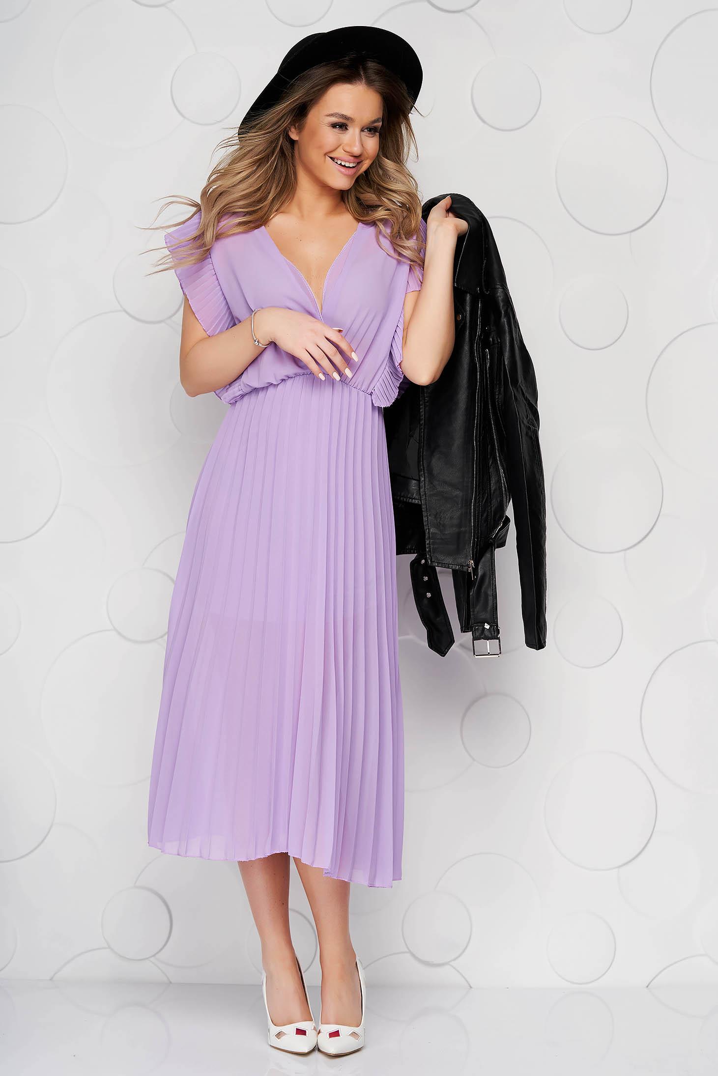 Lila StarShinerS elegáns midi rakott, pliszírozott ruha v-dekoltázzsal gumírozott derekú muszlinból