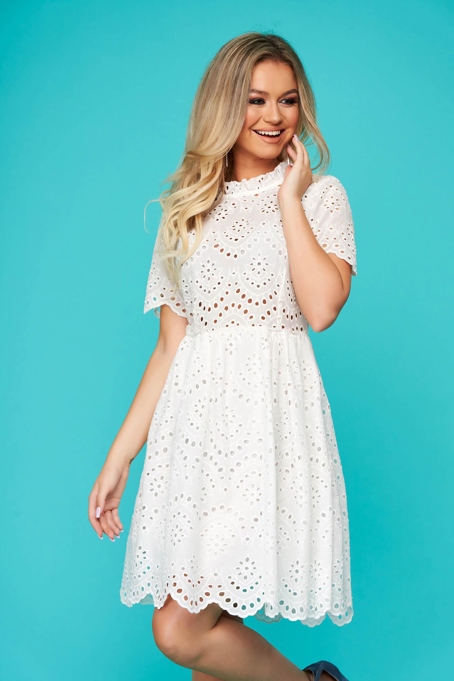 White dress short cut daily guipure cloche short sleeves