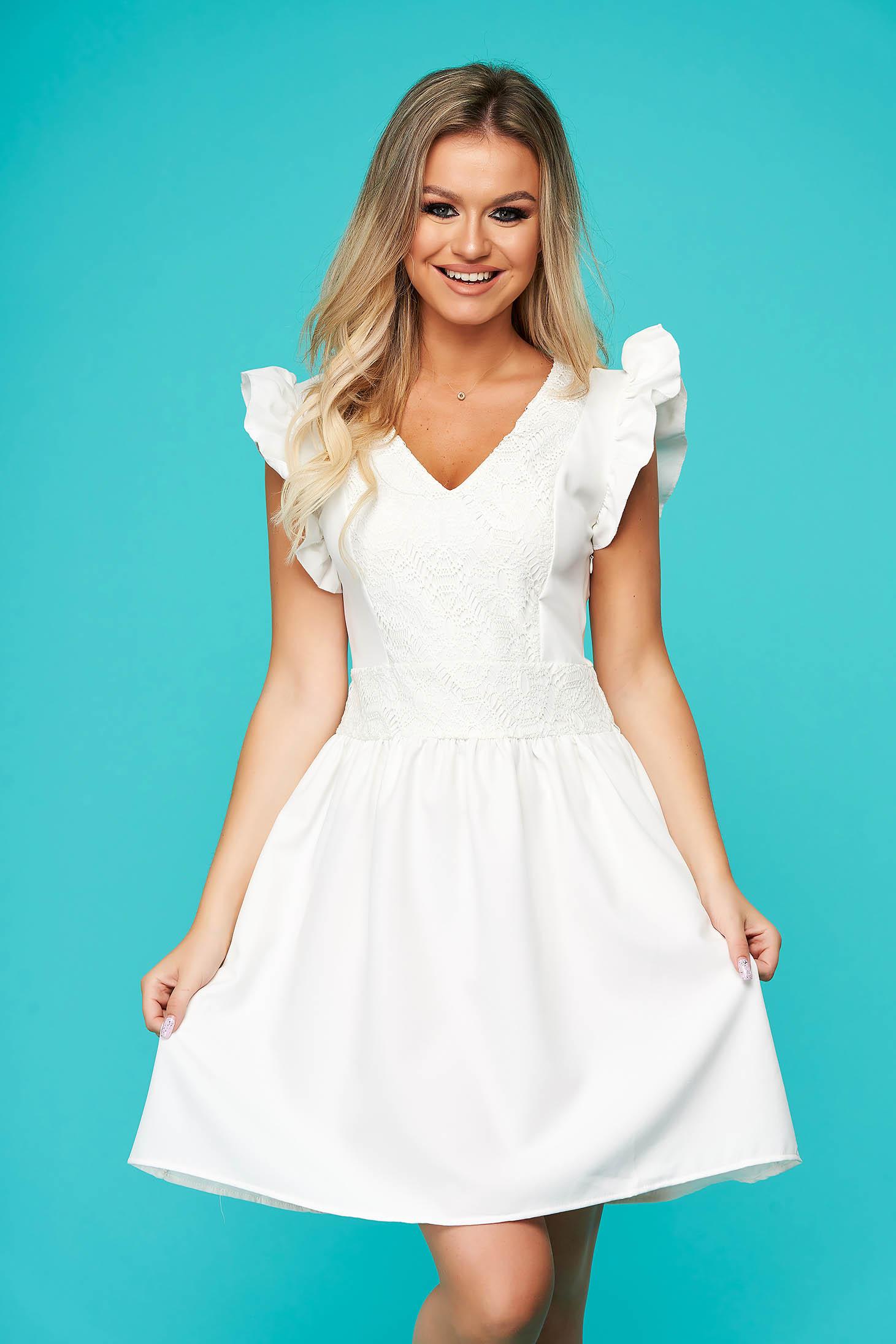 SunShine rochie alba scurta de zi in clos din ghipură volanase la bretele