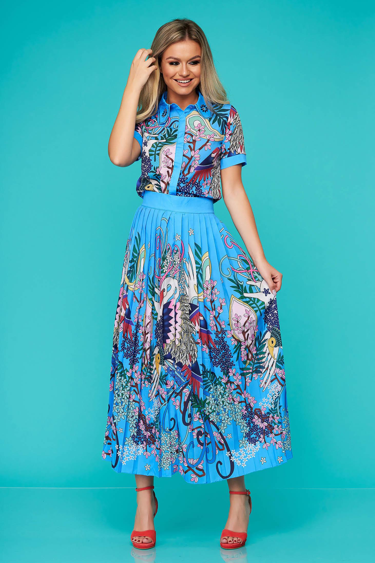 Compleu SunShine albastru elegant cu fusta plisata si imprimeuri grafice