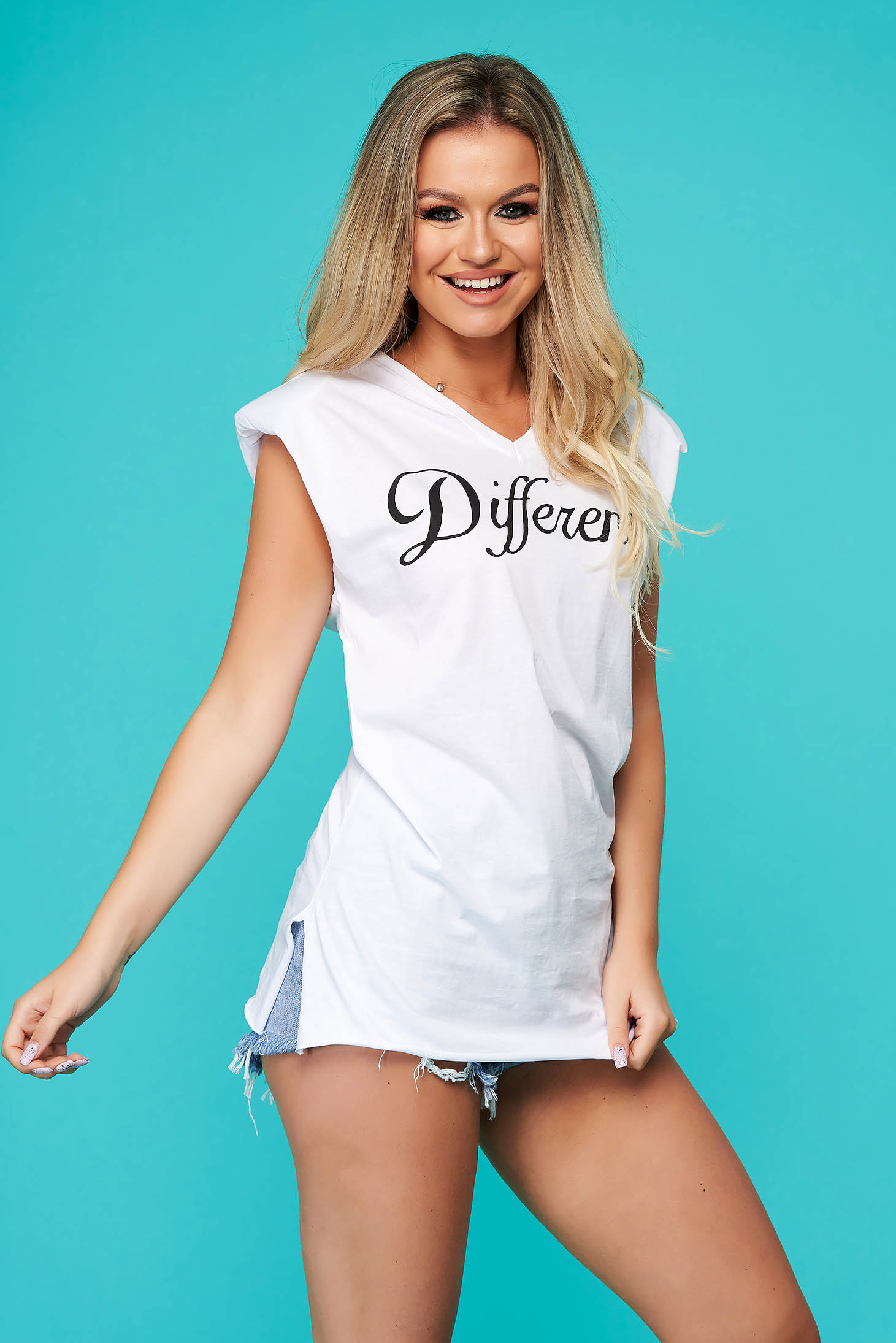 White t-shirt casual long flared with v-neckline