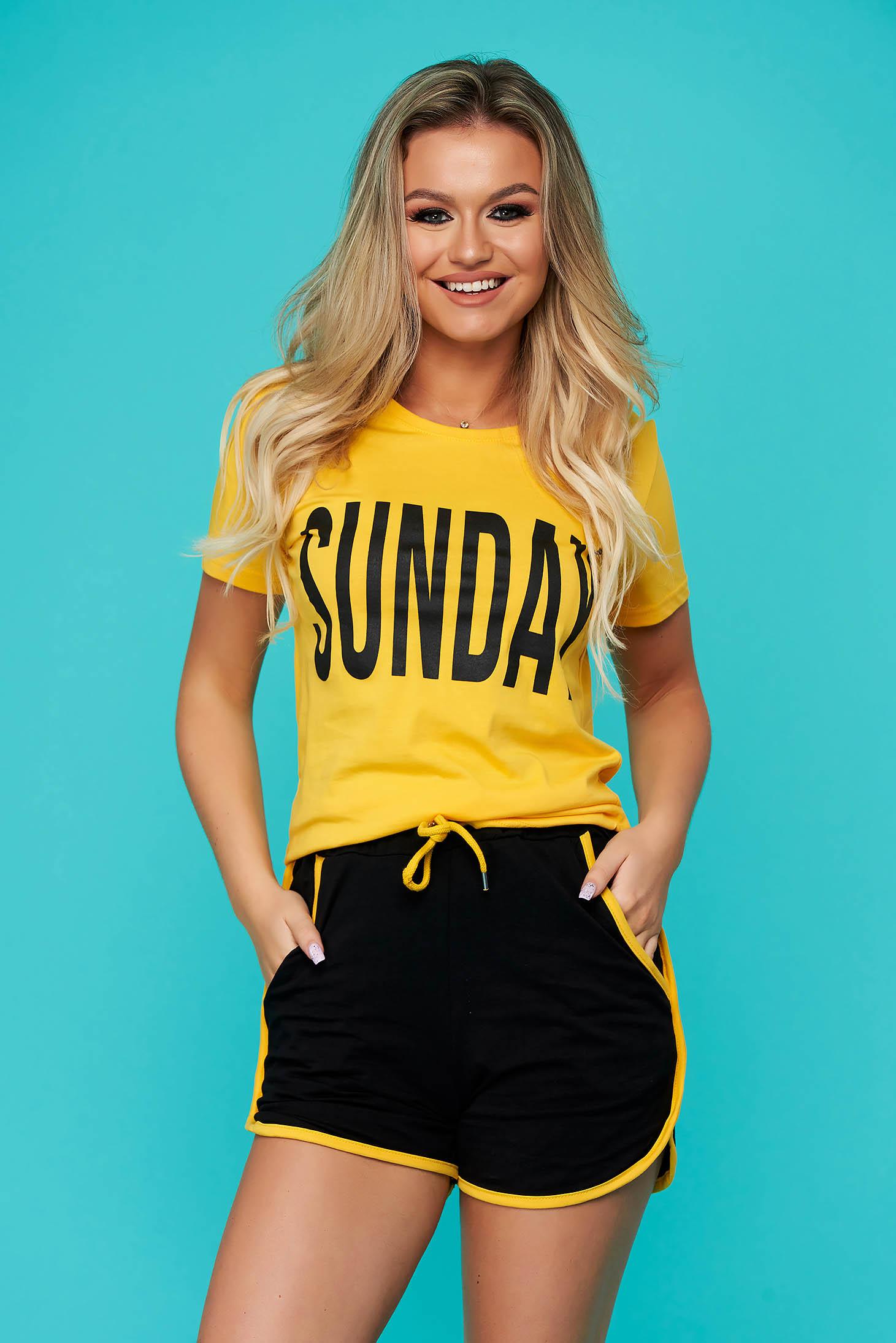 Sárga két részes sportos szett nadrággal pólóval