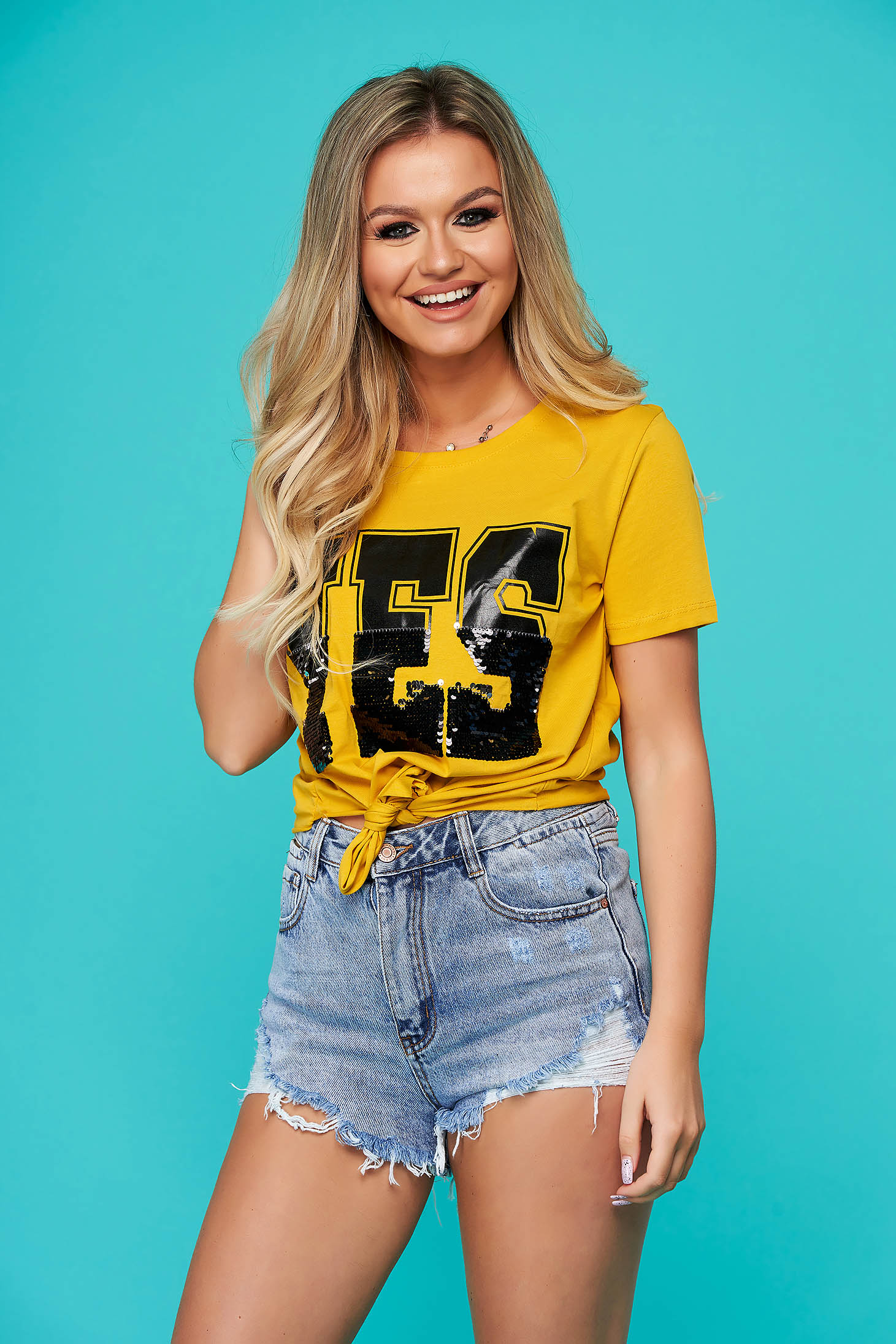 Yellow t-shirt casual short cut flared with sequin embellished details