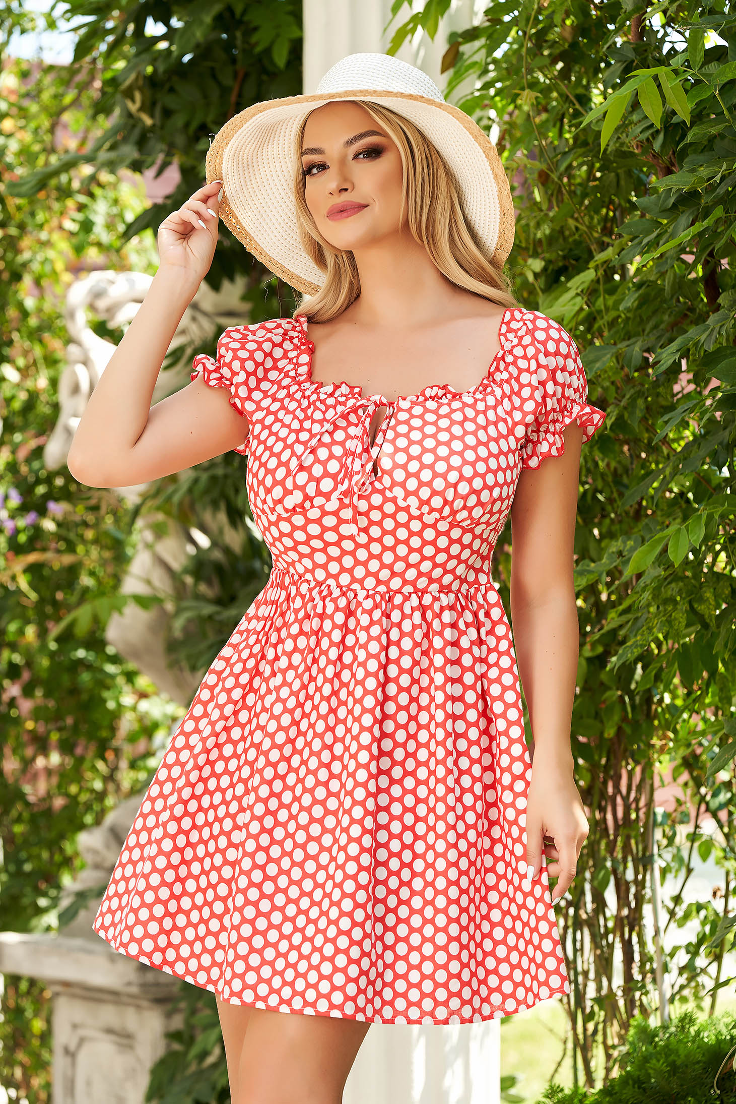 Red dress short cut daily cloche thin fabric dots print naked shoulders