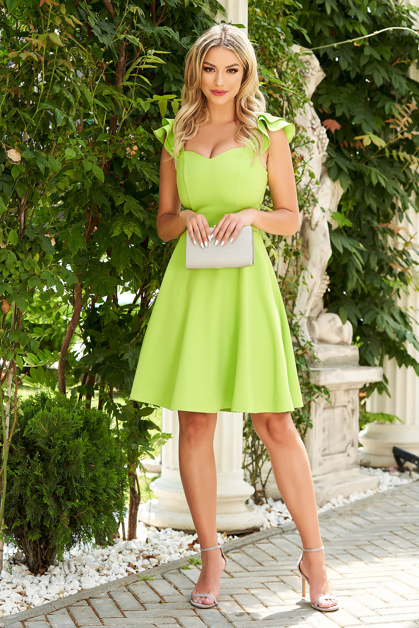 Dress StarShinerS green elegant short cut cloth with ruffle details thin fabric
