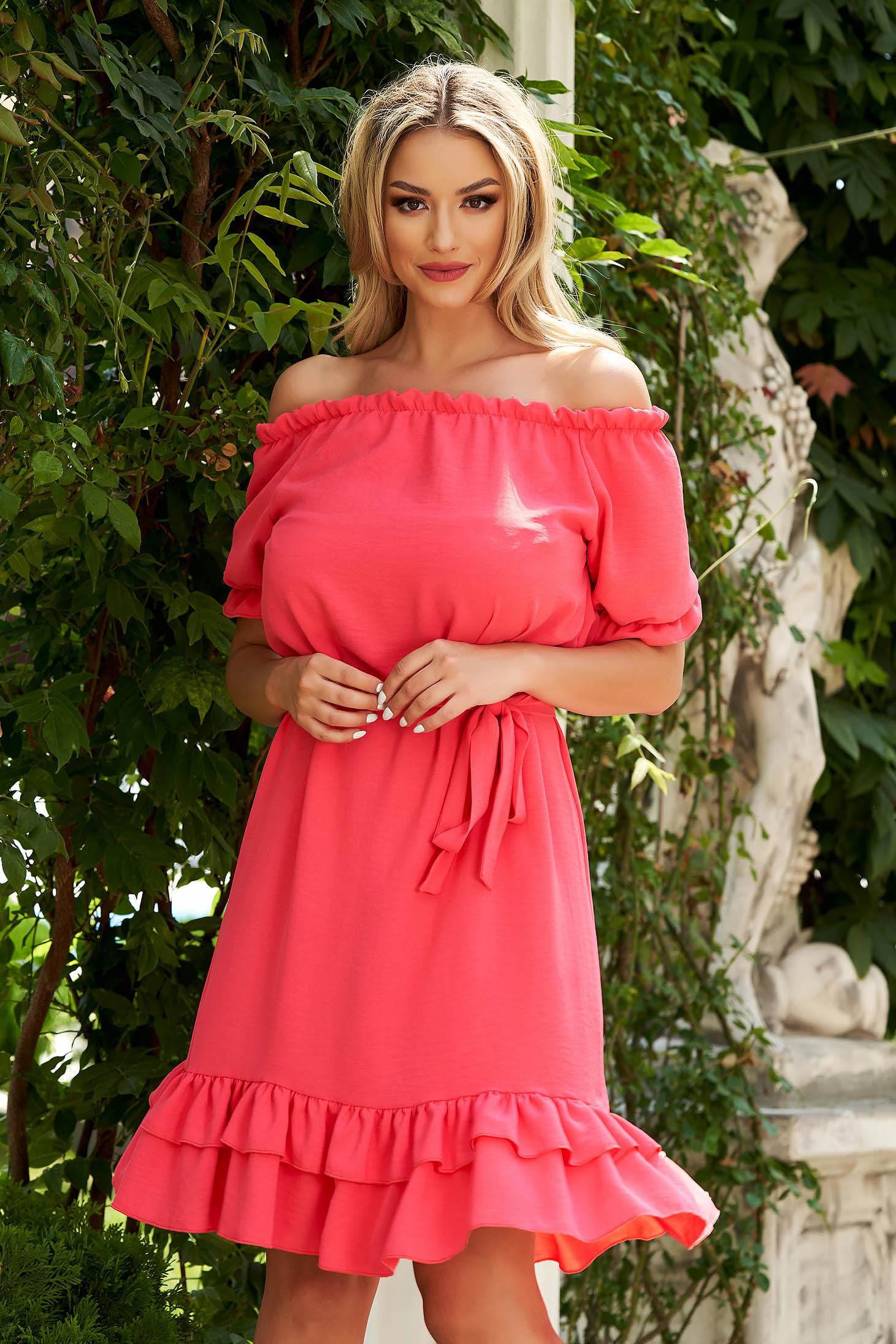 Rochie roz midi de zi din material vaporos cu croi larg si umeri goi