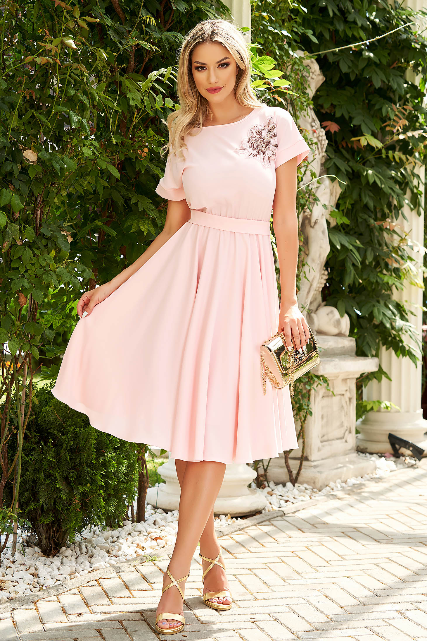 StarShinerS lightpink dress occasional short sleeves cloche with elastic waist accessorized with tied waistband