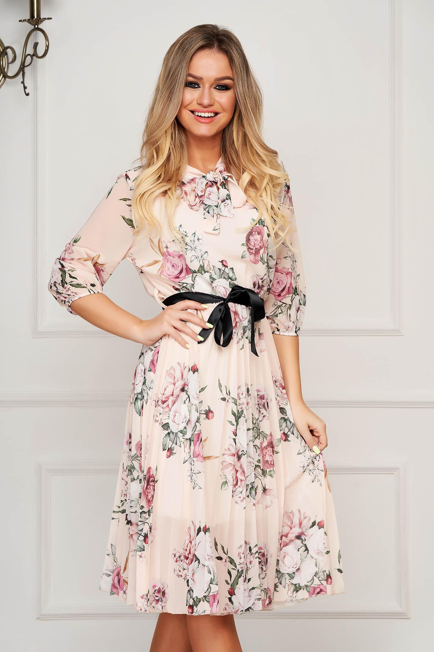 Cream dress midi daily from veil fabric folded up cloche with elastic waist