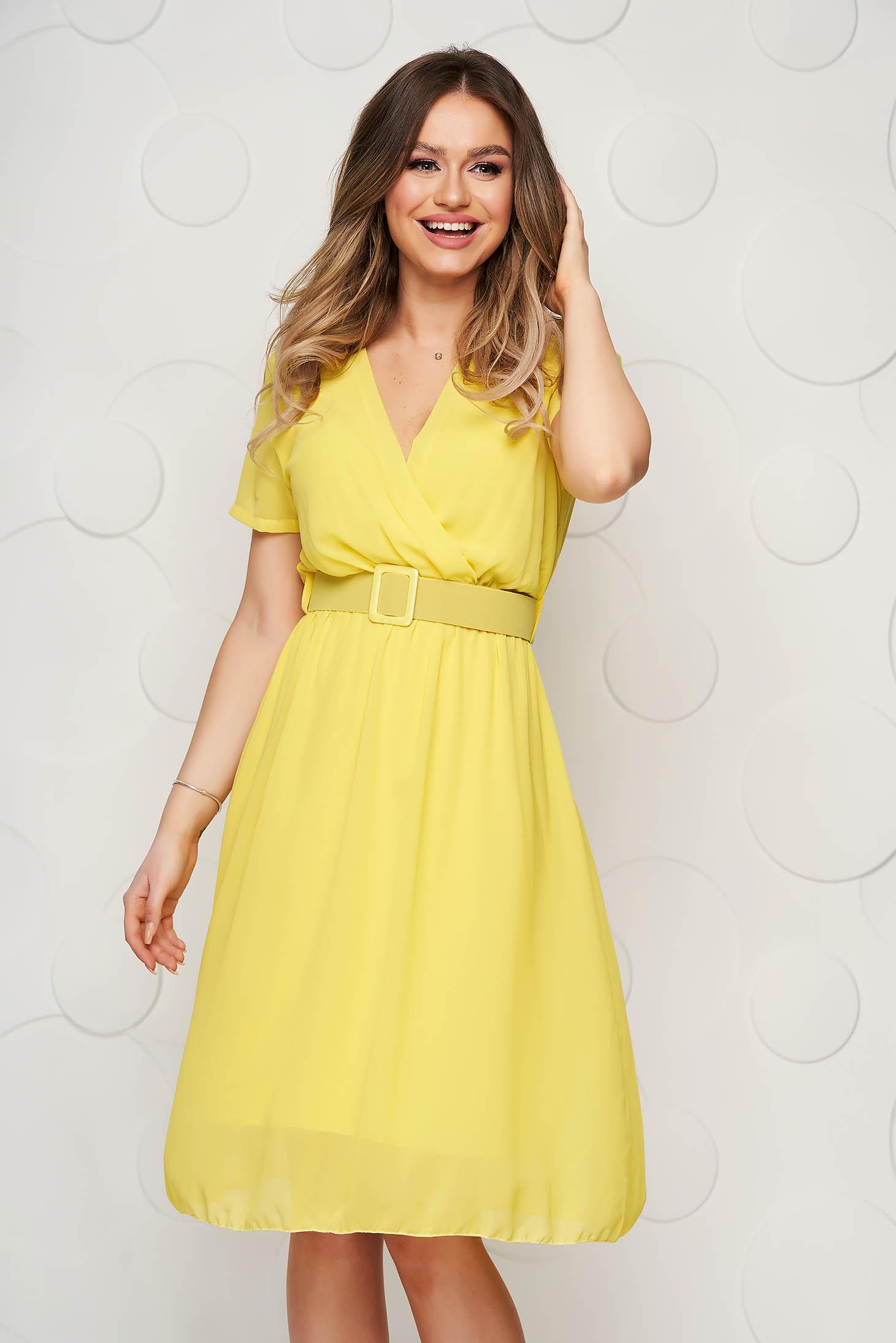 Sárga midi StarShinerS harang alakú ruha gumirozott derékrésszel muszlinból
