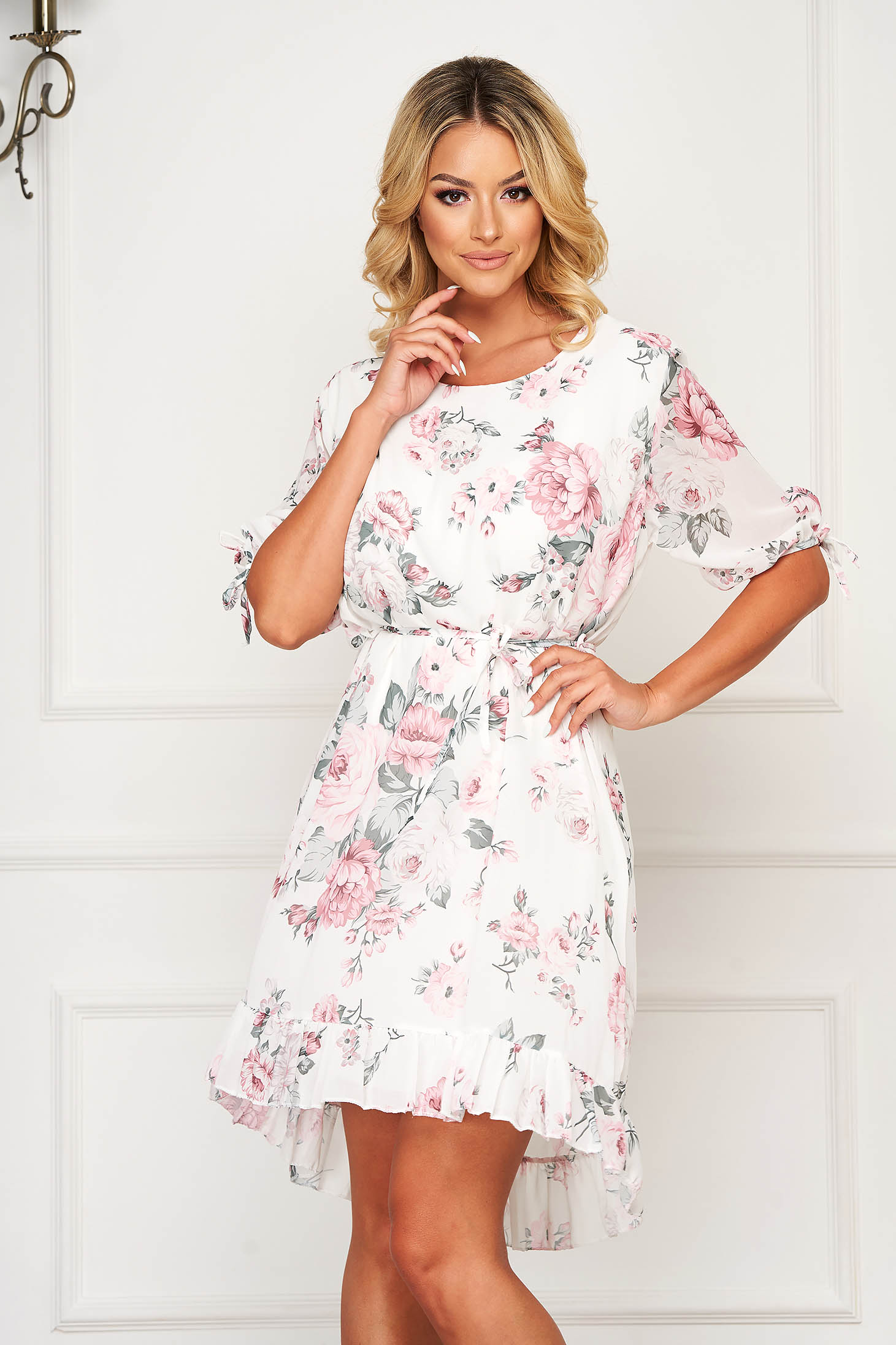 White dress short cut daily from veil fabric straight short sleeves