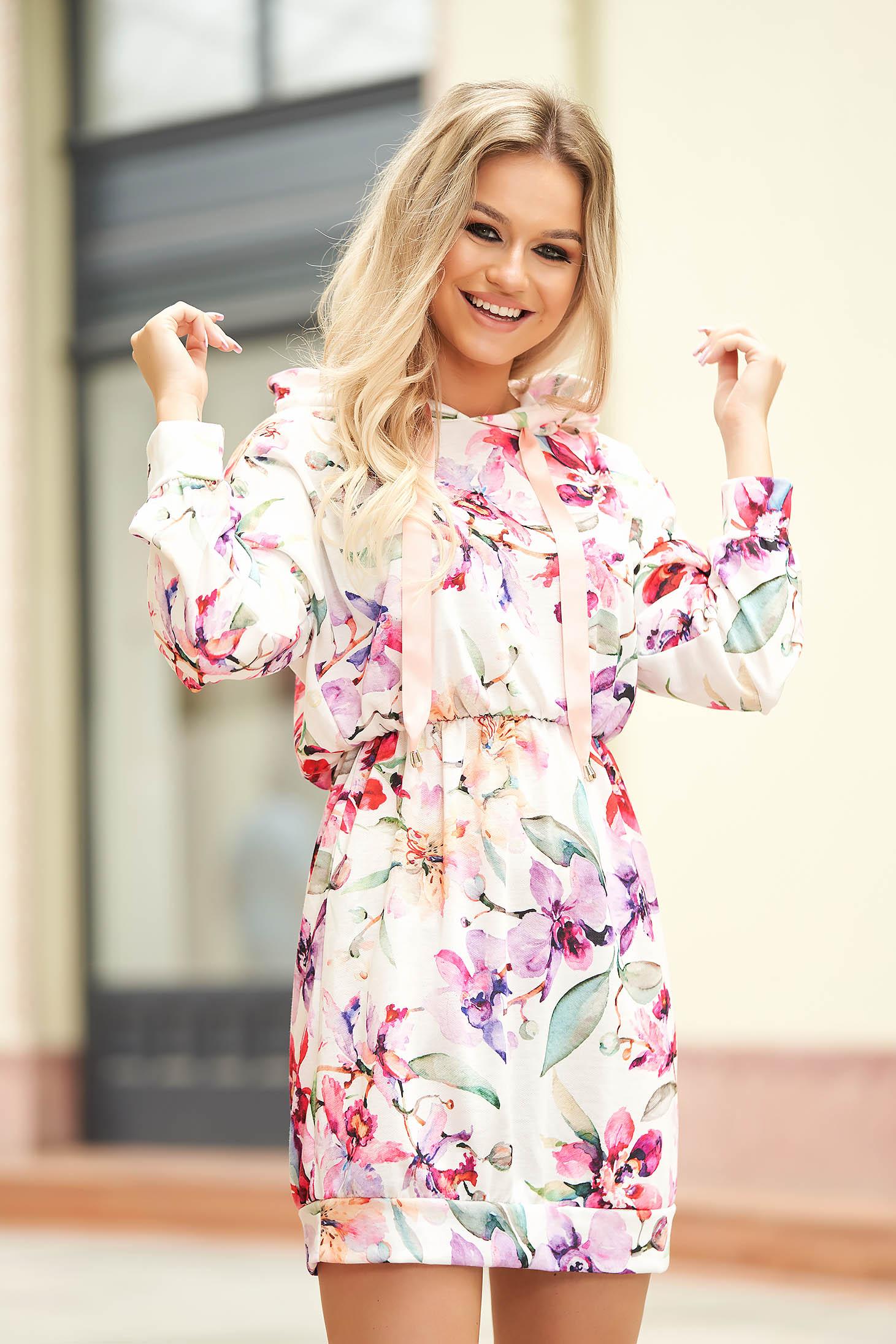 Peach dress casual short cut with elastic waist with undetachable hood