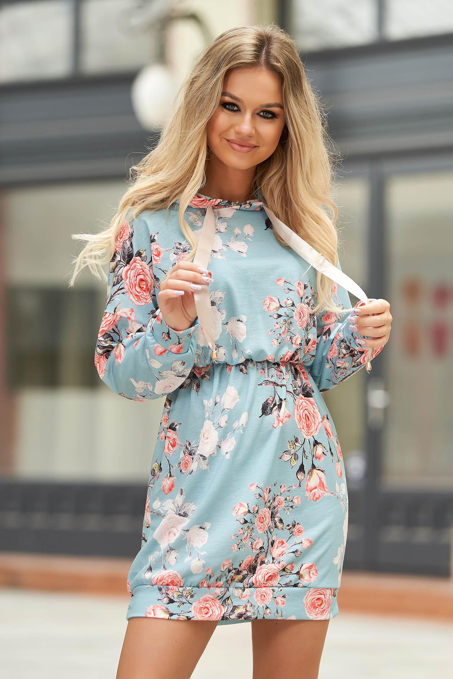 Lightblue dress casual short cut with elastic waist with undetachable hood