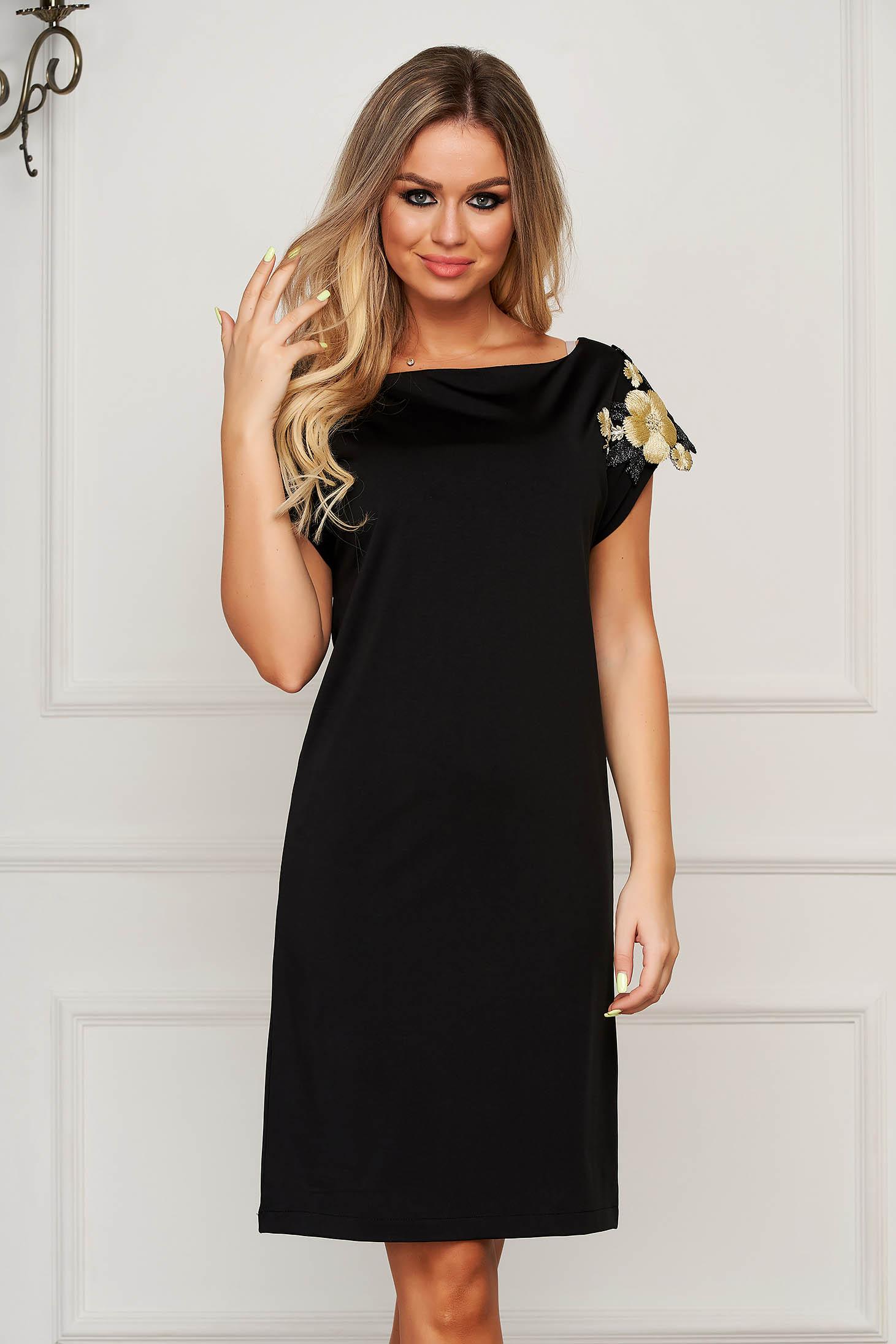 StarShinerS black dress elegant flared neckline with floral details