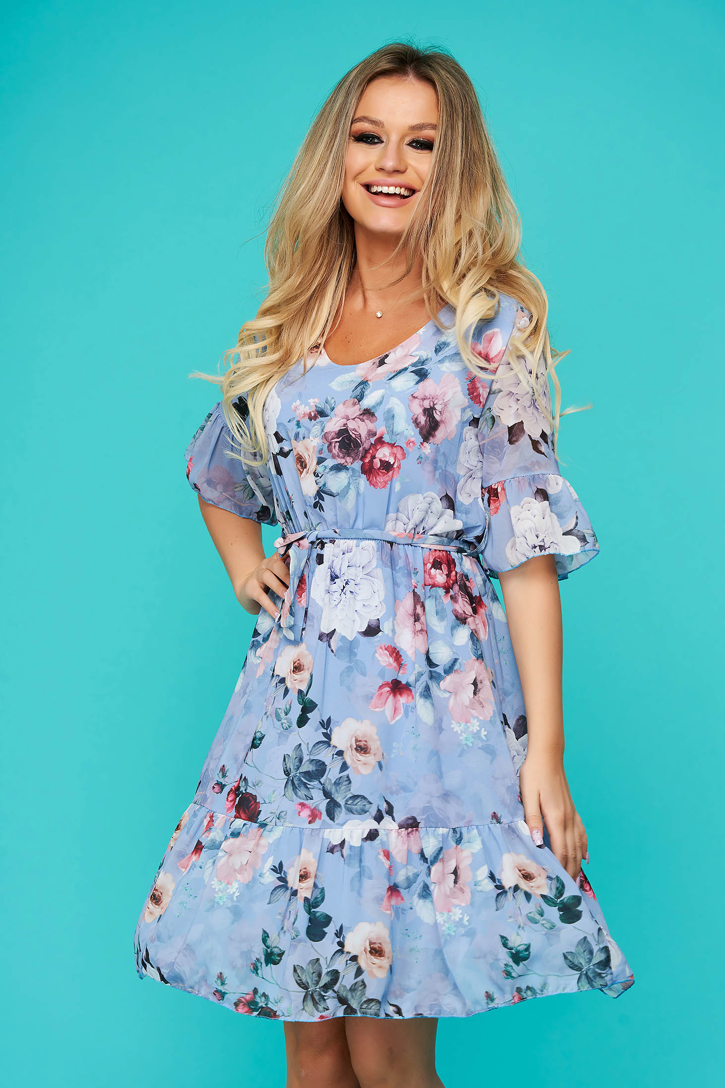 Lightblue dress short cut daily airy fabric cloche with elastic waist