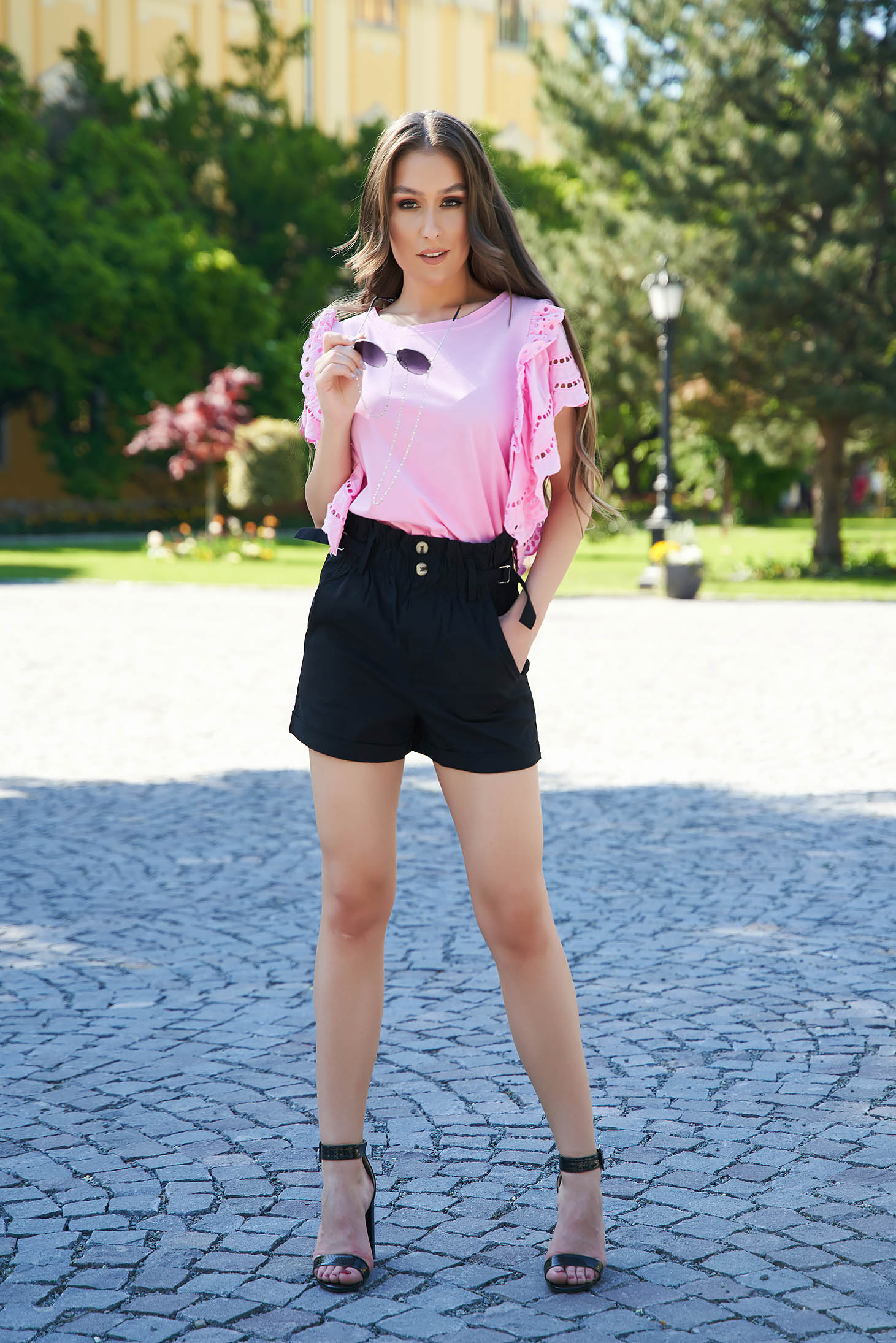 Black short casual tented high waisted with pockets