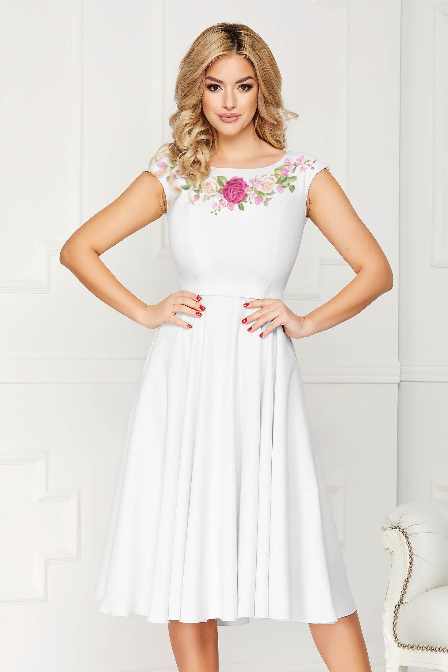 Fehér StarShinerS elegáns harang ruha virágmintás enyhén rugalmas szövetből