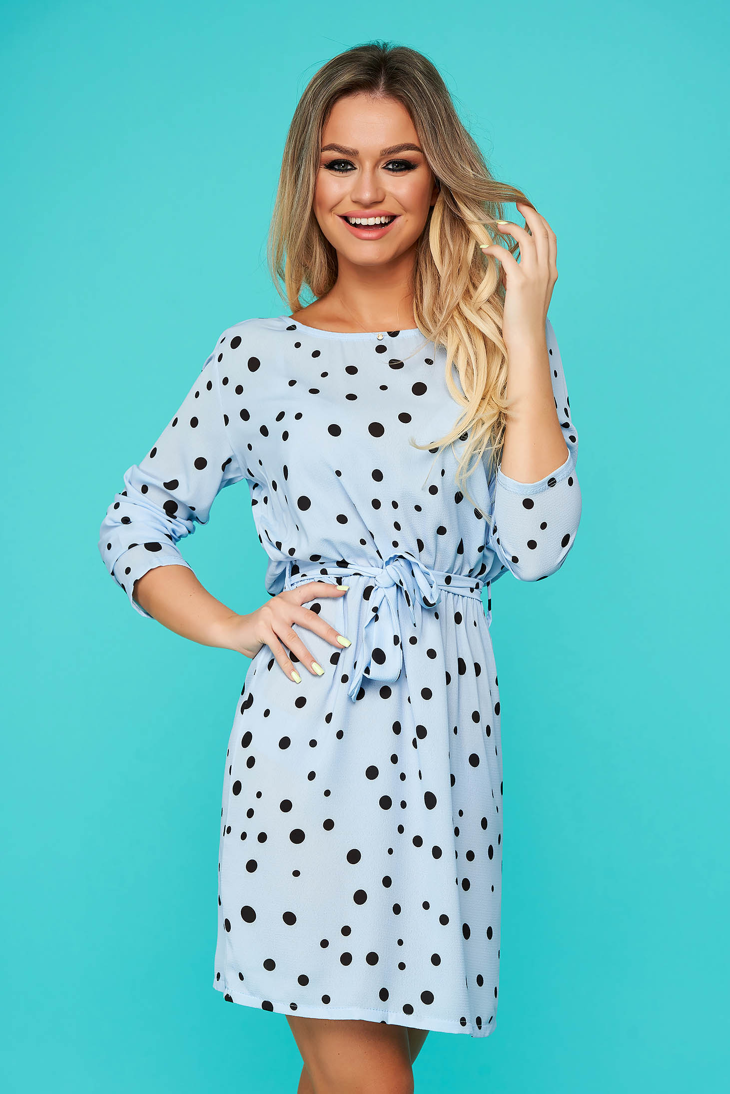 Lightblue dress daily cloche with elastic waist accessorized with tied waistband thin fabric with dots print