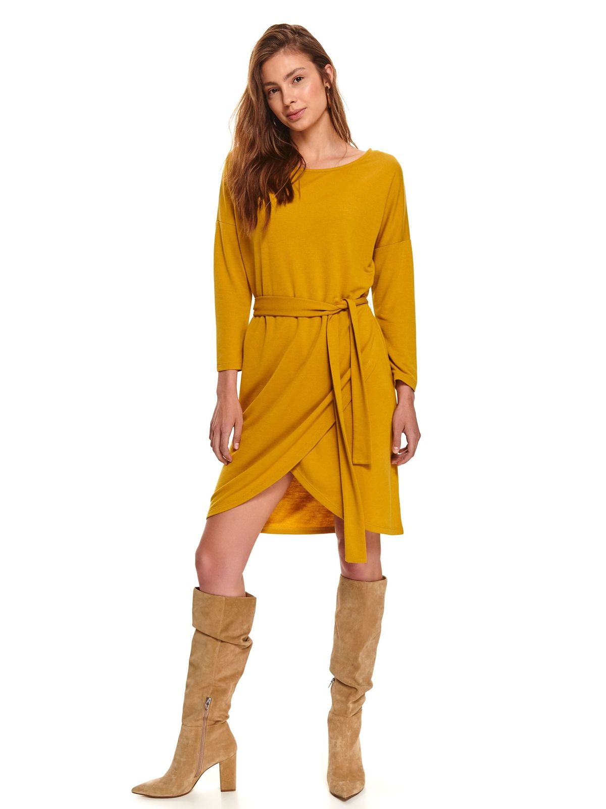 Yellow dress daily short cut airy fabric accessorized with tied waistband