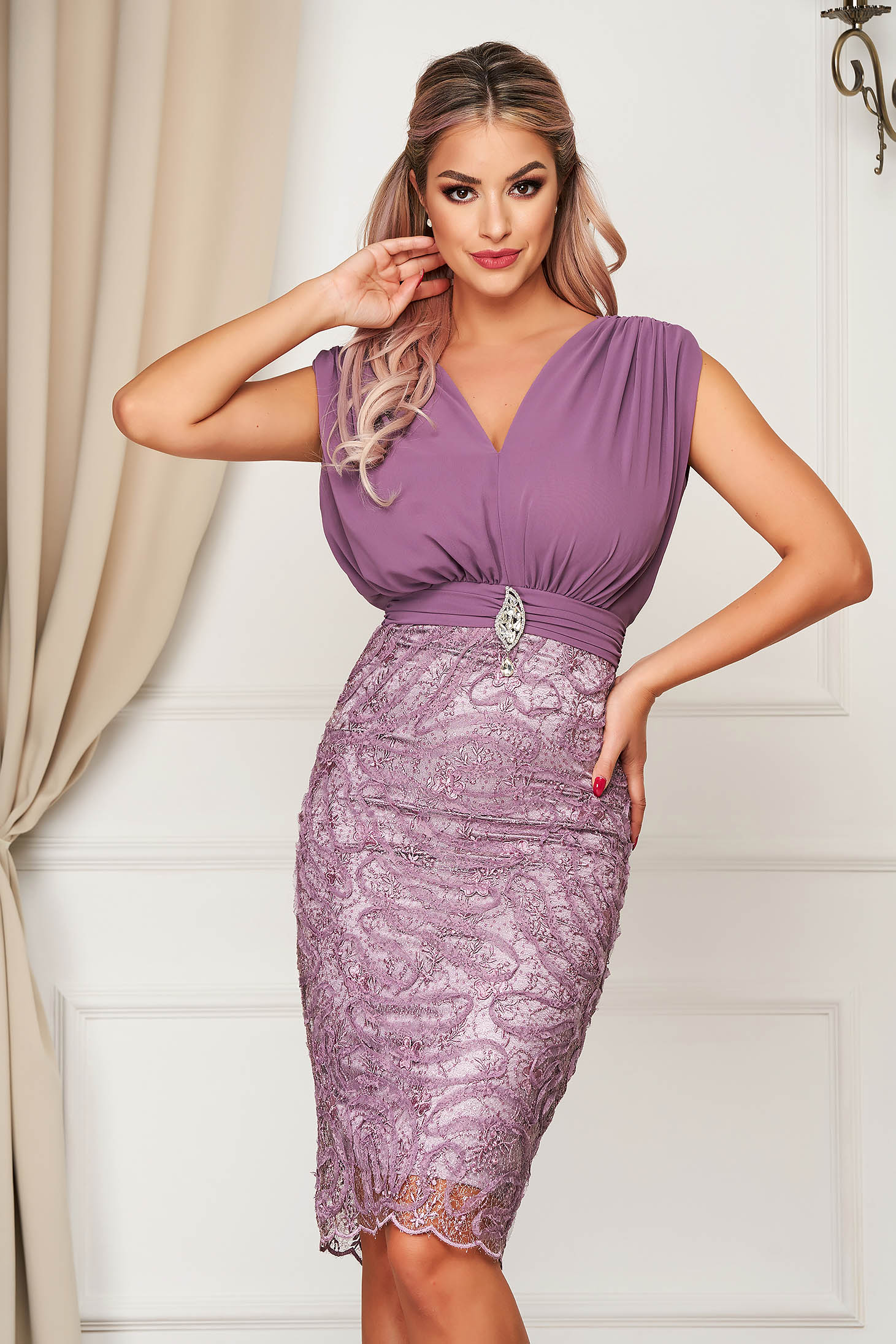 Dress purple occasional midi pencil with v-neckline voile fabric from laced fabric