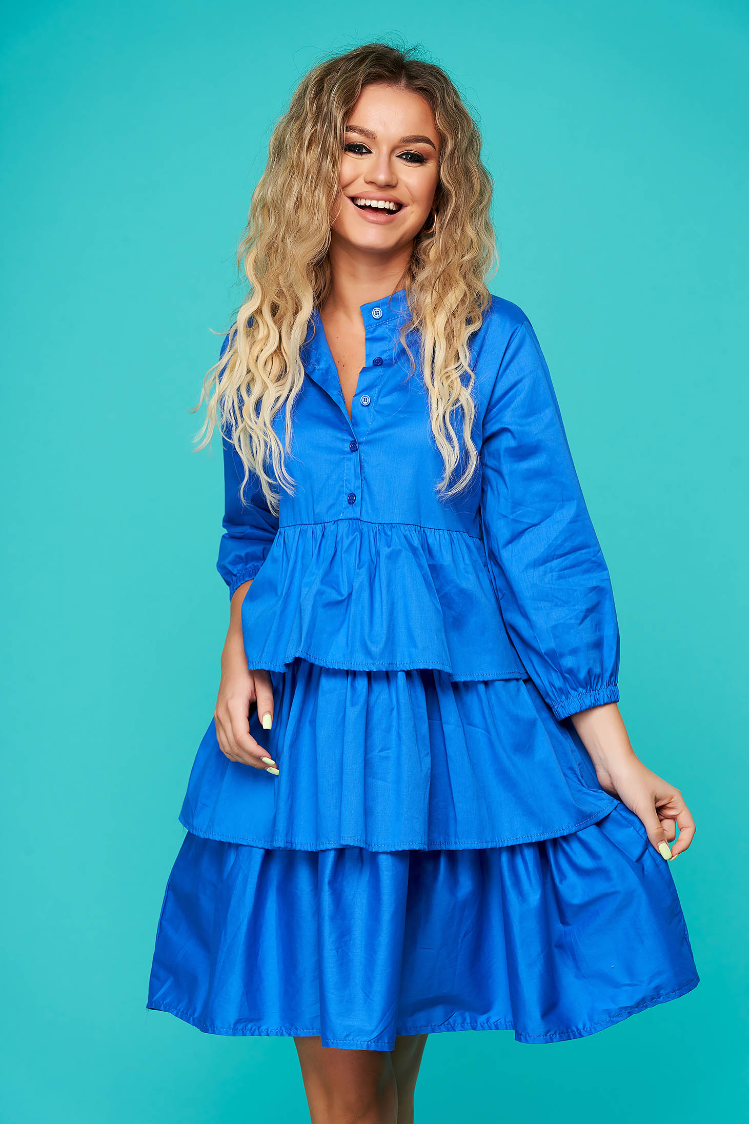 Kék hétköznapi fodros rövid bő szabású ruha rugalmatlan pamutból