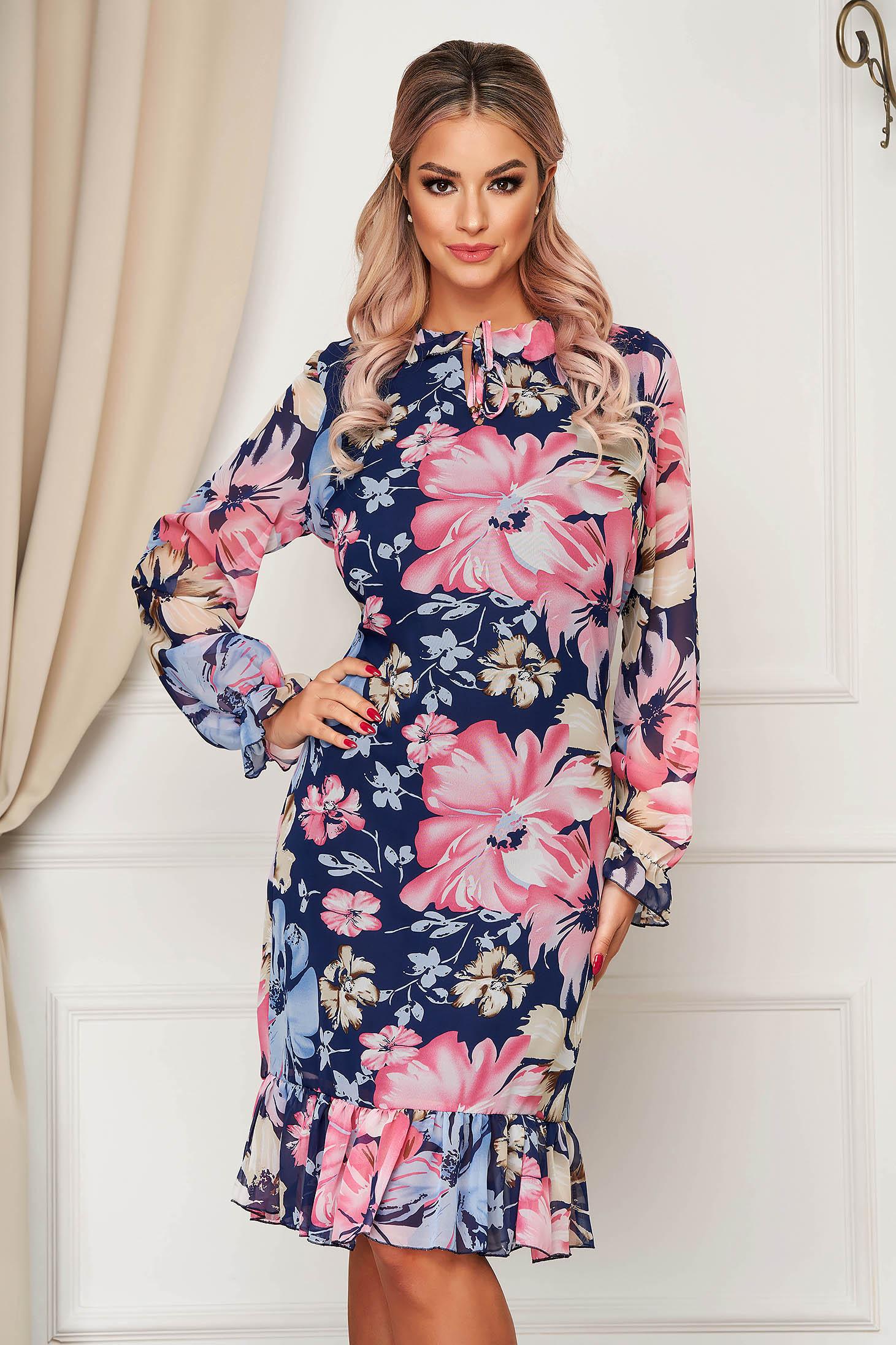 Rochie StarShinerS cu imprimeu floral eleganta cu un croi drept cu volanase la baza rochiei